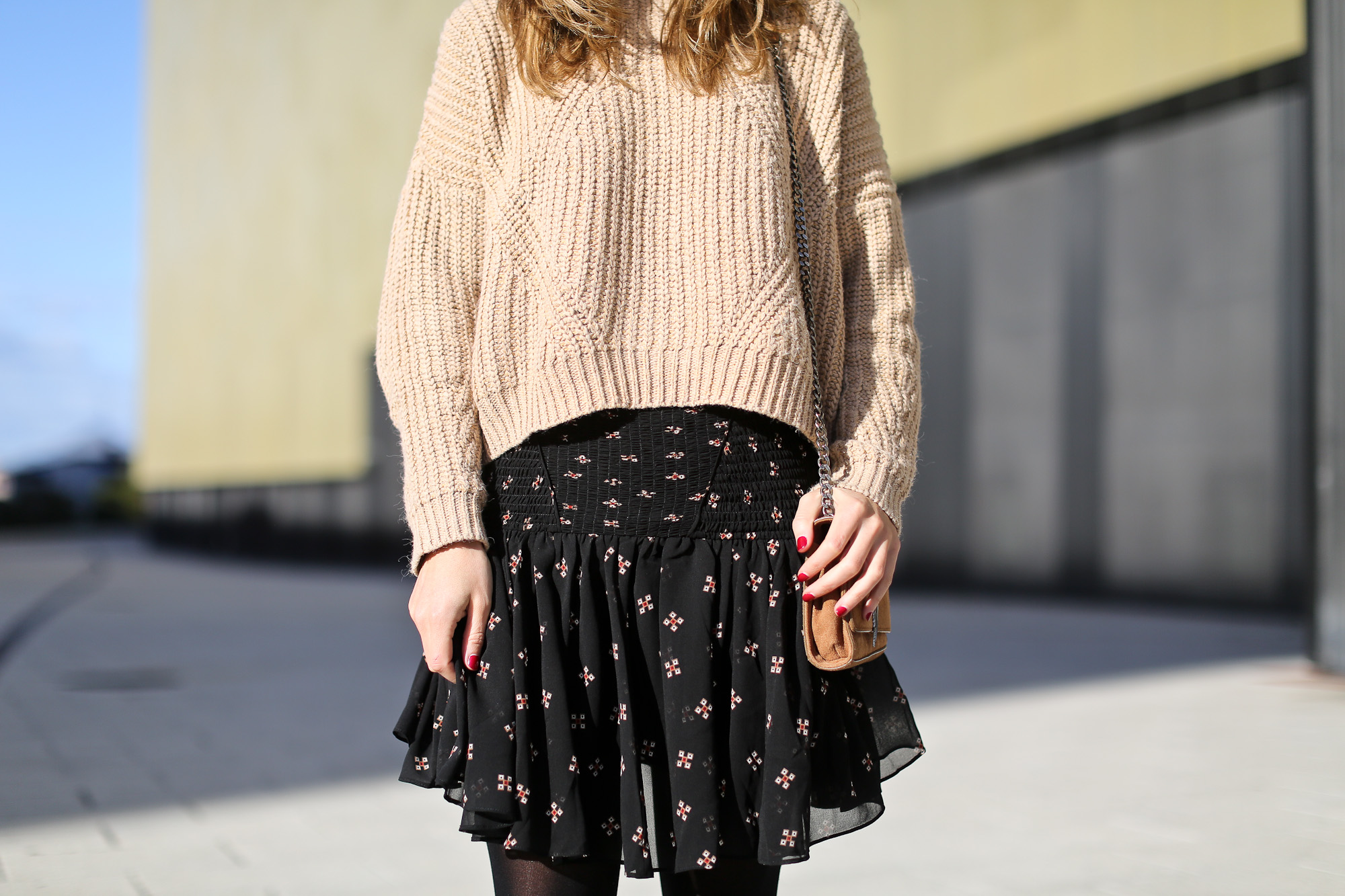Clochet_streetstyle_majejouetjupe_chicwish_chunky_knit_isable_marant_dicker_boots_-5