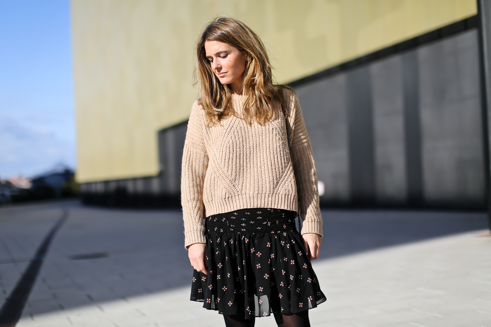 Clochet_streetstyle_majejouetjupe_chicwish_chunky_knit_isable_marant_dicker_boots_-7
