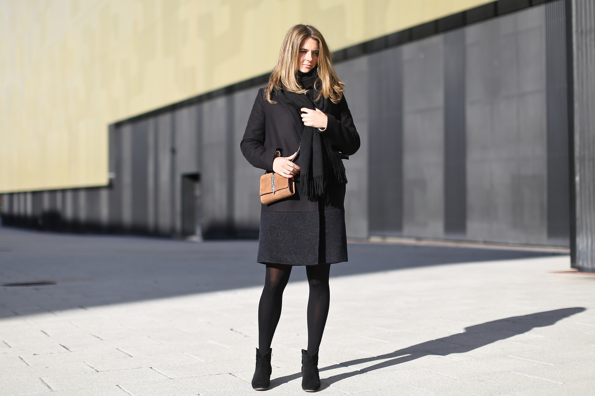 Clochet_streetstyle_majejouetjupe_chicwish_chunky_knit_isable_marant_dicker_boots_