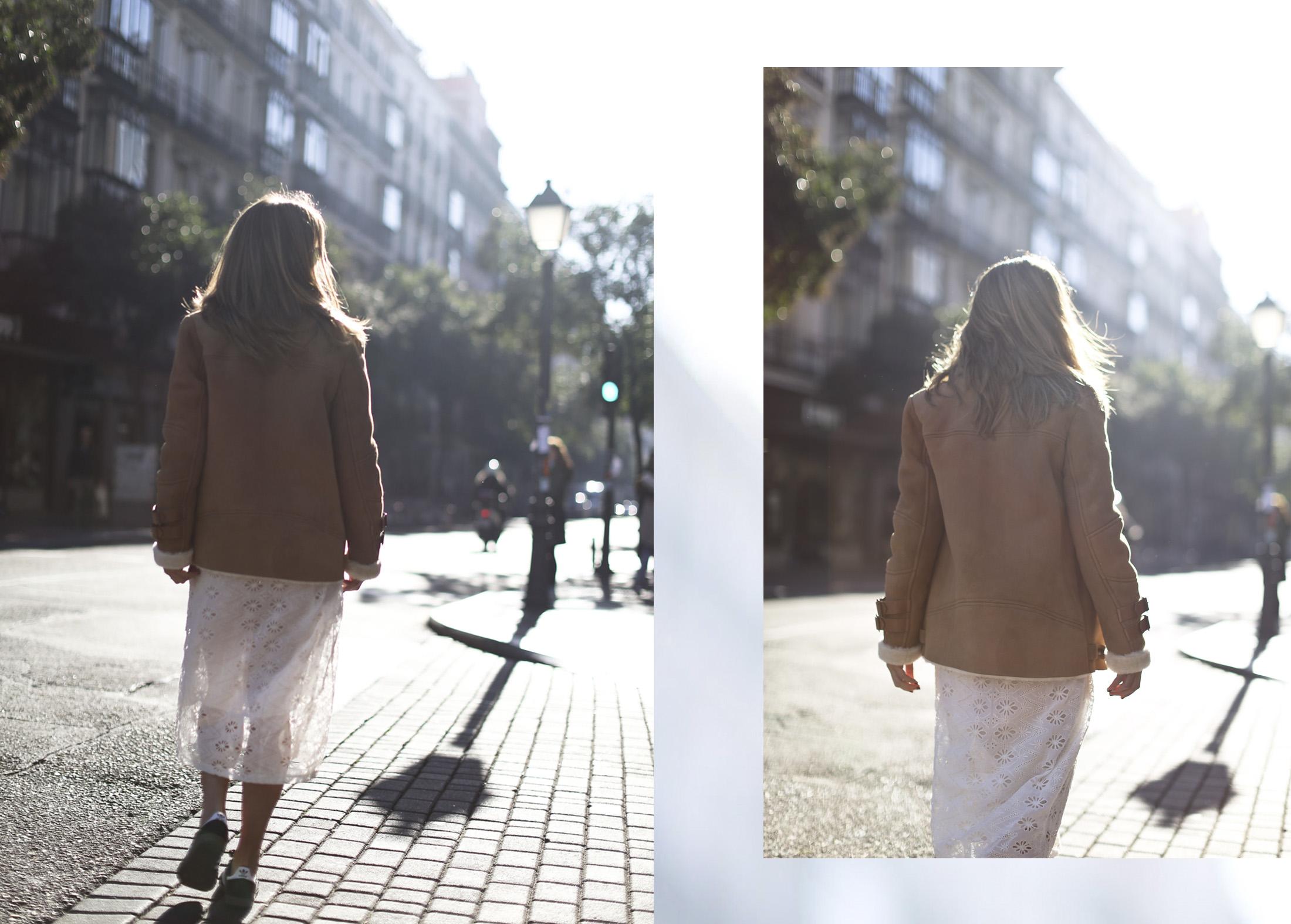 Clochet_streetstyle_mango_shearling_aviator_coat_adidas_samba_leztinstreet-19