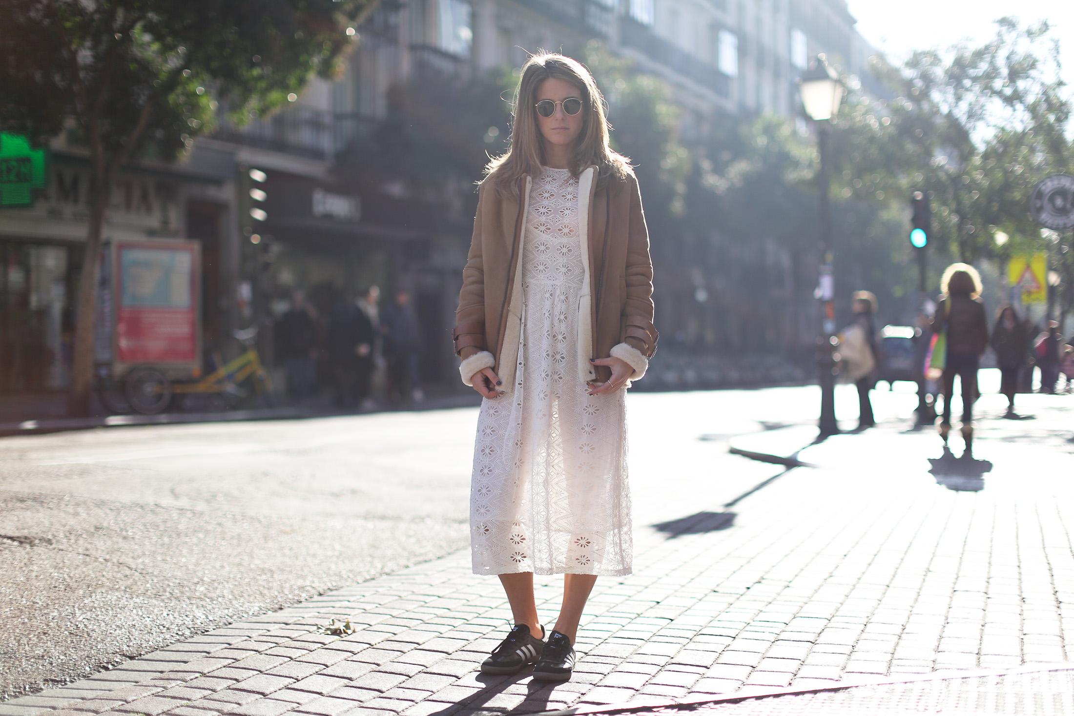 Clochet_streetstyle_mango_shearling_aviator_coat_adidas_samba_leztinstreet-3