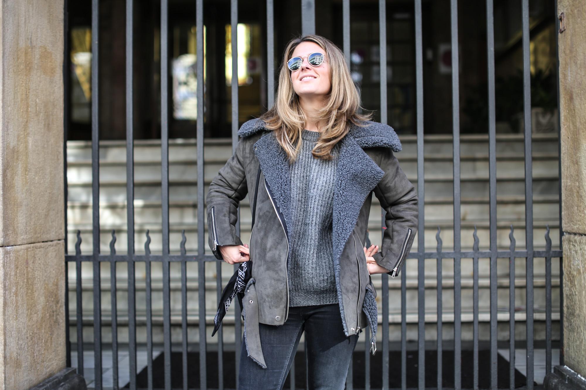 Clochet_streetstyle_olive_clothing_oversize_rider_kakhi_jacket-13