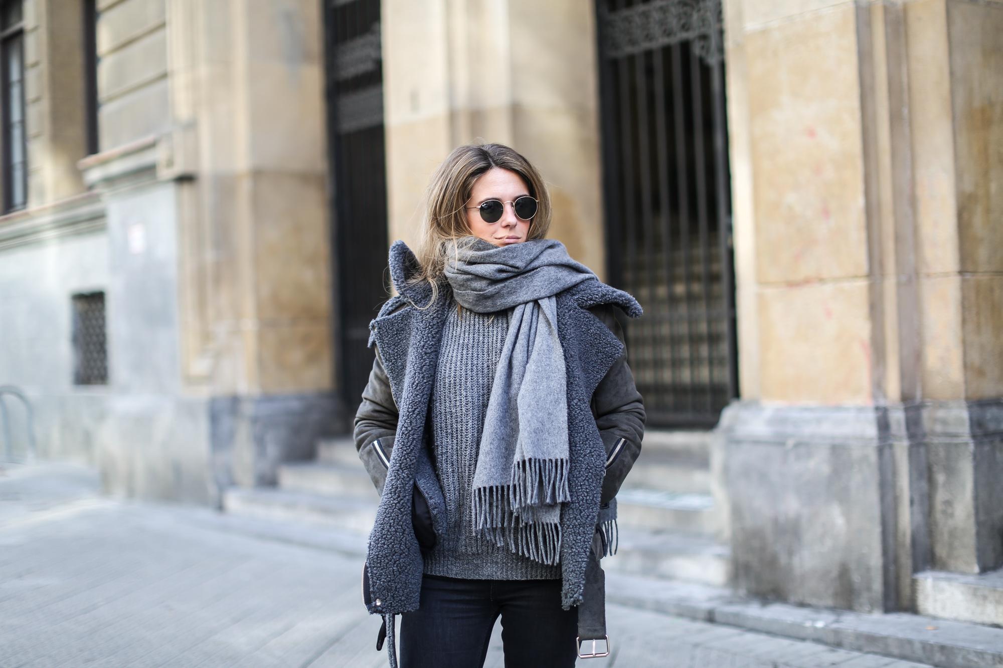 Clochet_streetstyle_olive_clothing_oversize_rider_kakhi_jacket-4