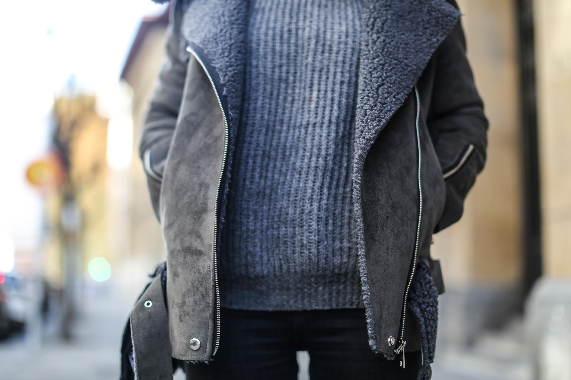 Clochet_streetstyle_olive_clothing_oversize_rider_kakhi_jacket-7