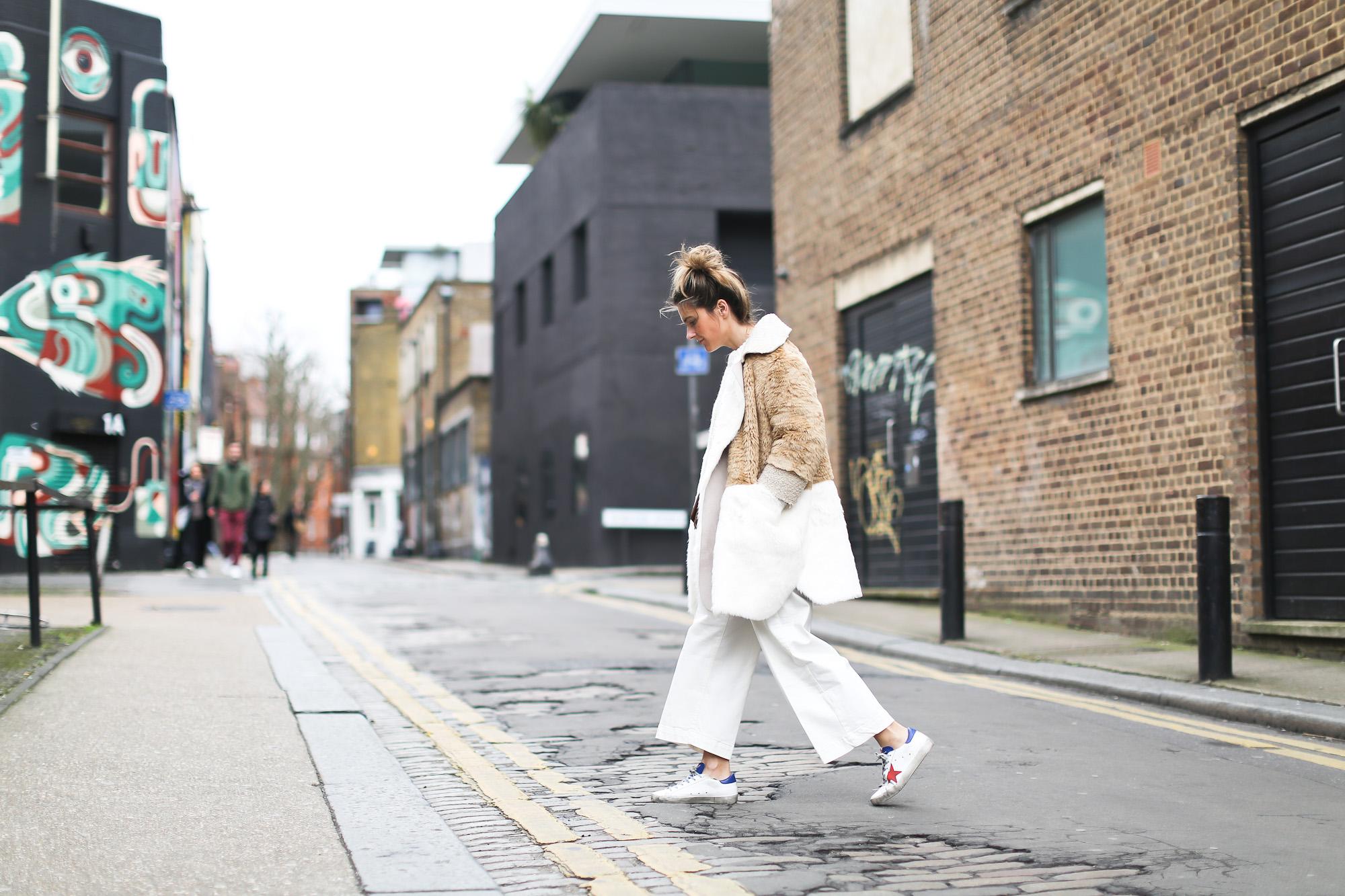 Clochet_streetstyle_asos_patchwork_faux_fur_coat_goldengoose_superstar_sneakers_topshopunique_show-6
