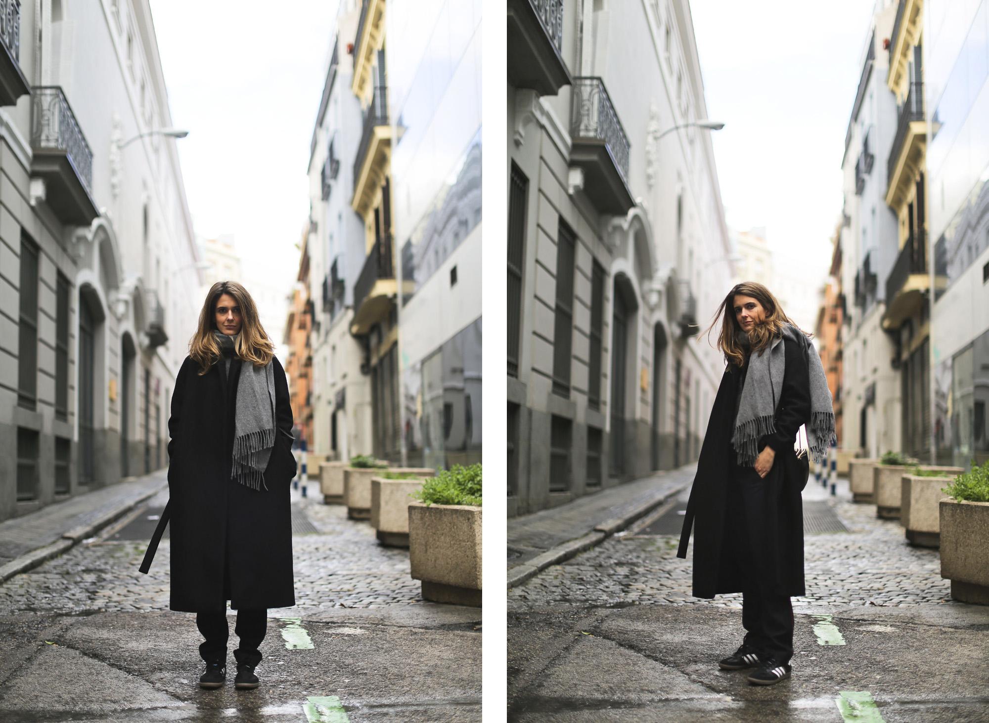 Clochet_streetstyle_cos_wool_long_coat_maje_panta_adidas_samba-21