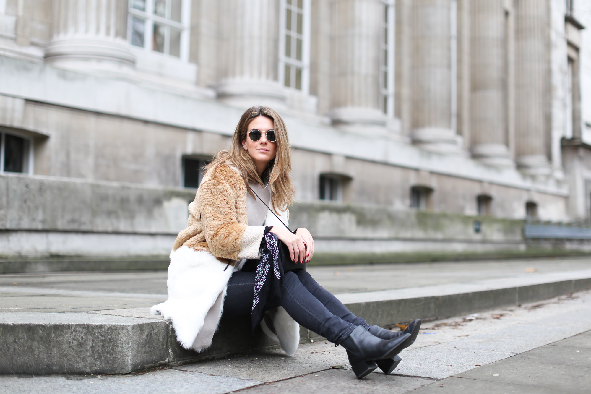 clochet_streestyle_london_asos_faux_fur_patchowork_coat_topshop_jamie_jeans-13