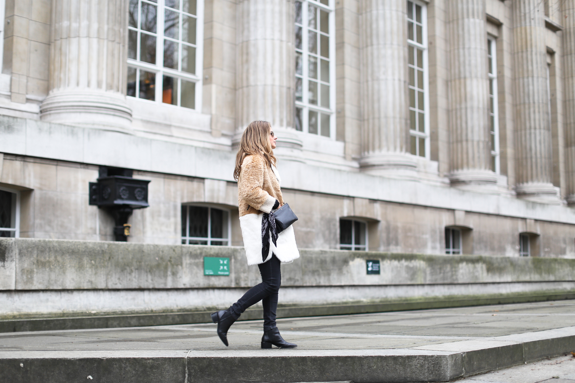 clochet_streestyle_london_asos_faux_fur_patchowork_coat_topshop_jamie_jeans-5