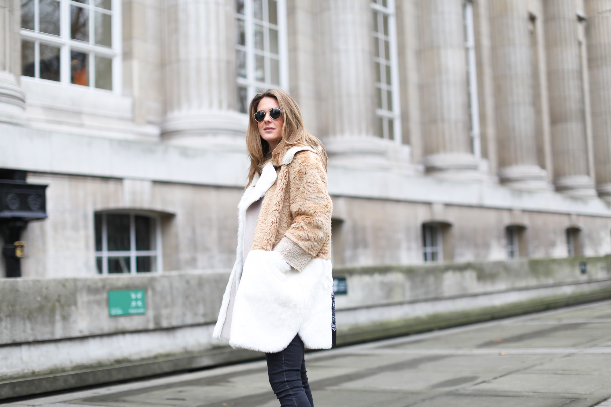 clochet_streestyle_london_asos_faux_fur_patchowork_coat_topshop_jamie_jeans-7