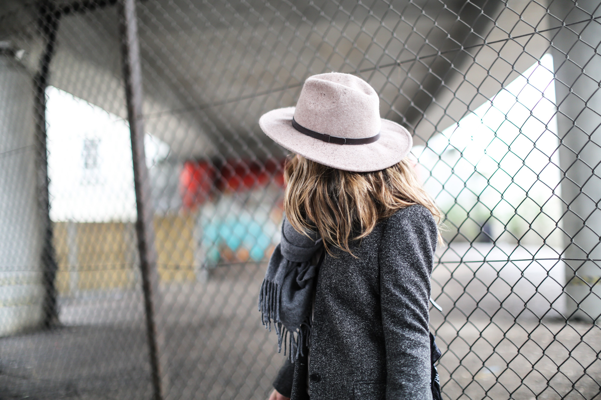 clochet_streetstyle_topshop_jamie_jeans_zara_grey_wool_blazer-18