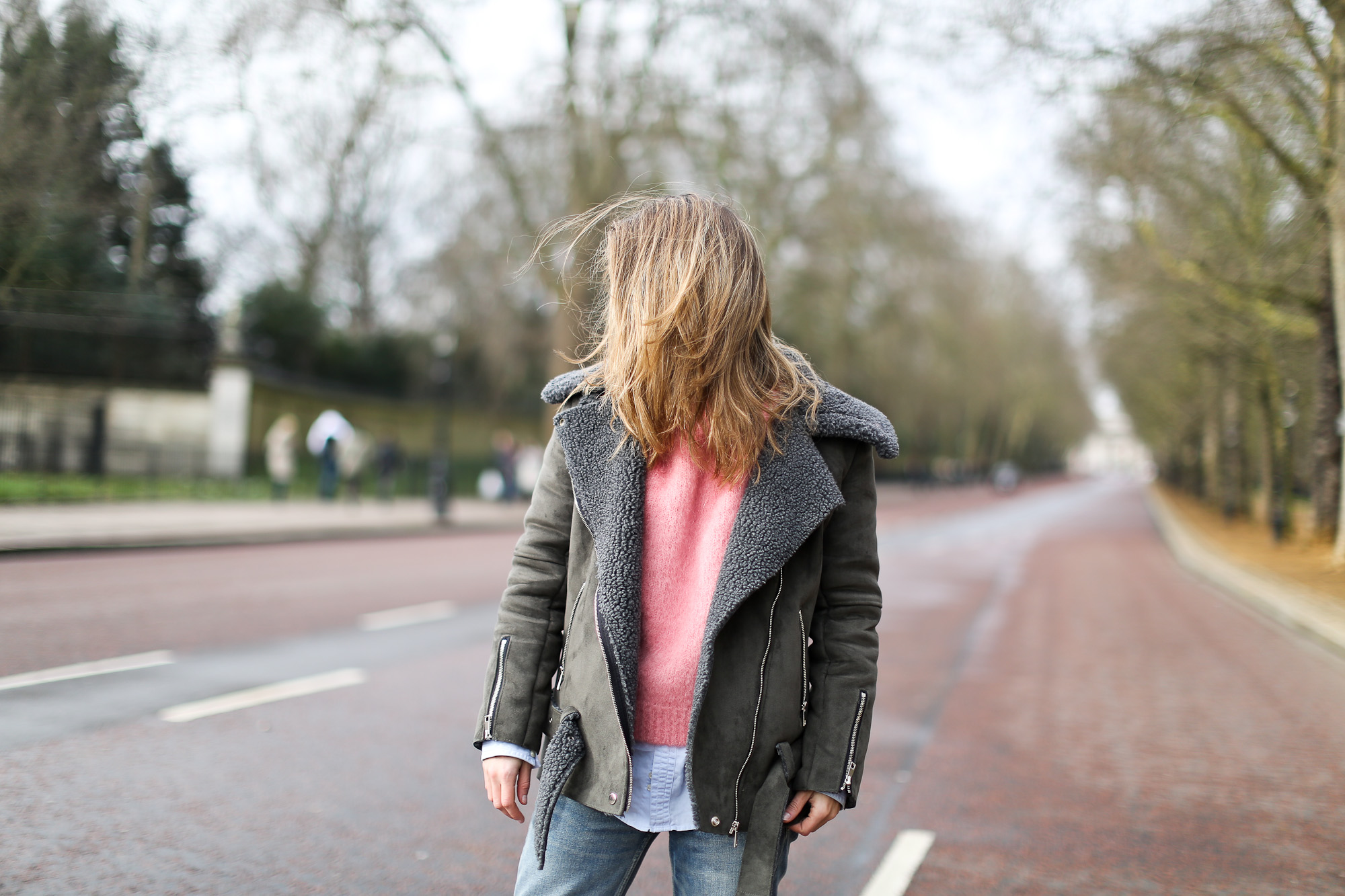 Clochet_streetstyle_london_fashion_week_bimba&lola_pink_mohair_knit-3