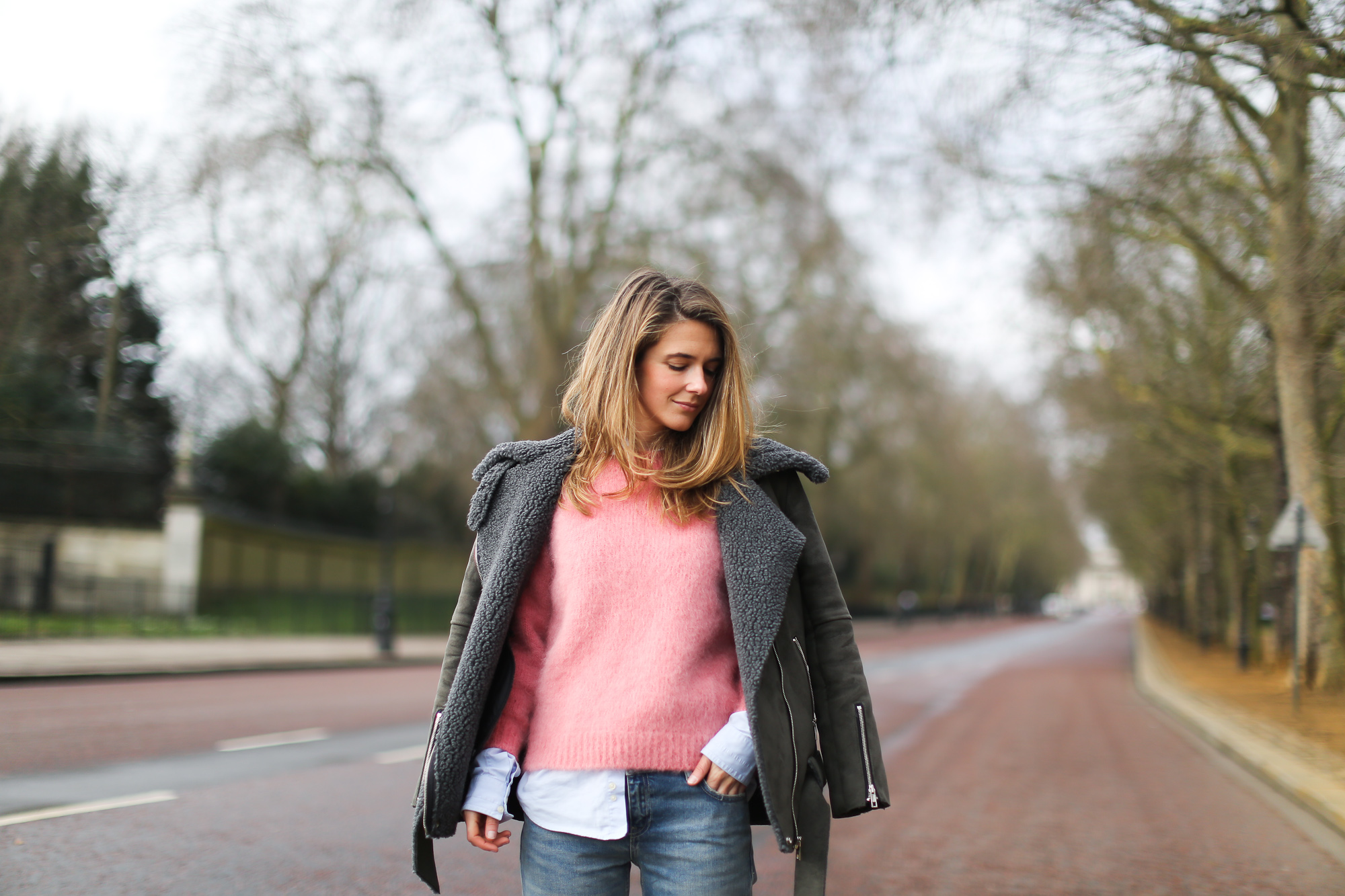 Clochet_streetstyle_london_fashion_week_bimba&lola_pink_mohair_knit-6