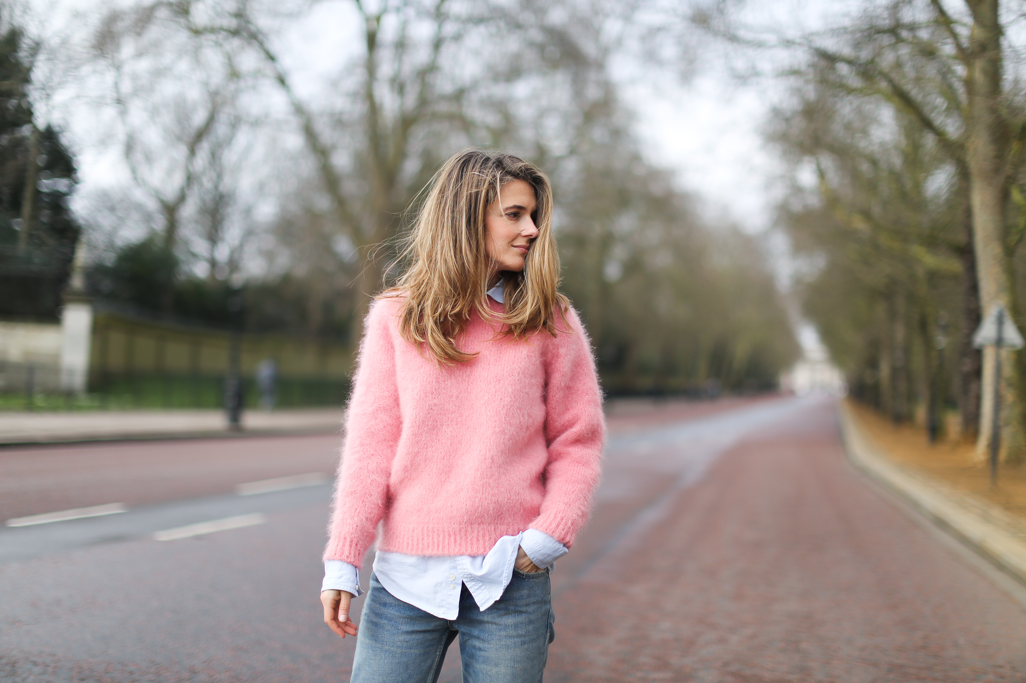 Clochet_streetstyle_london_fashion_week_bimba&lola_pink_mohair_knit-9