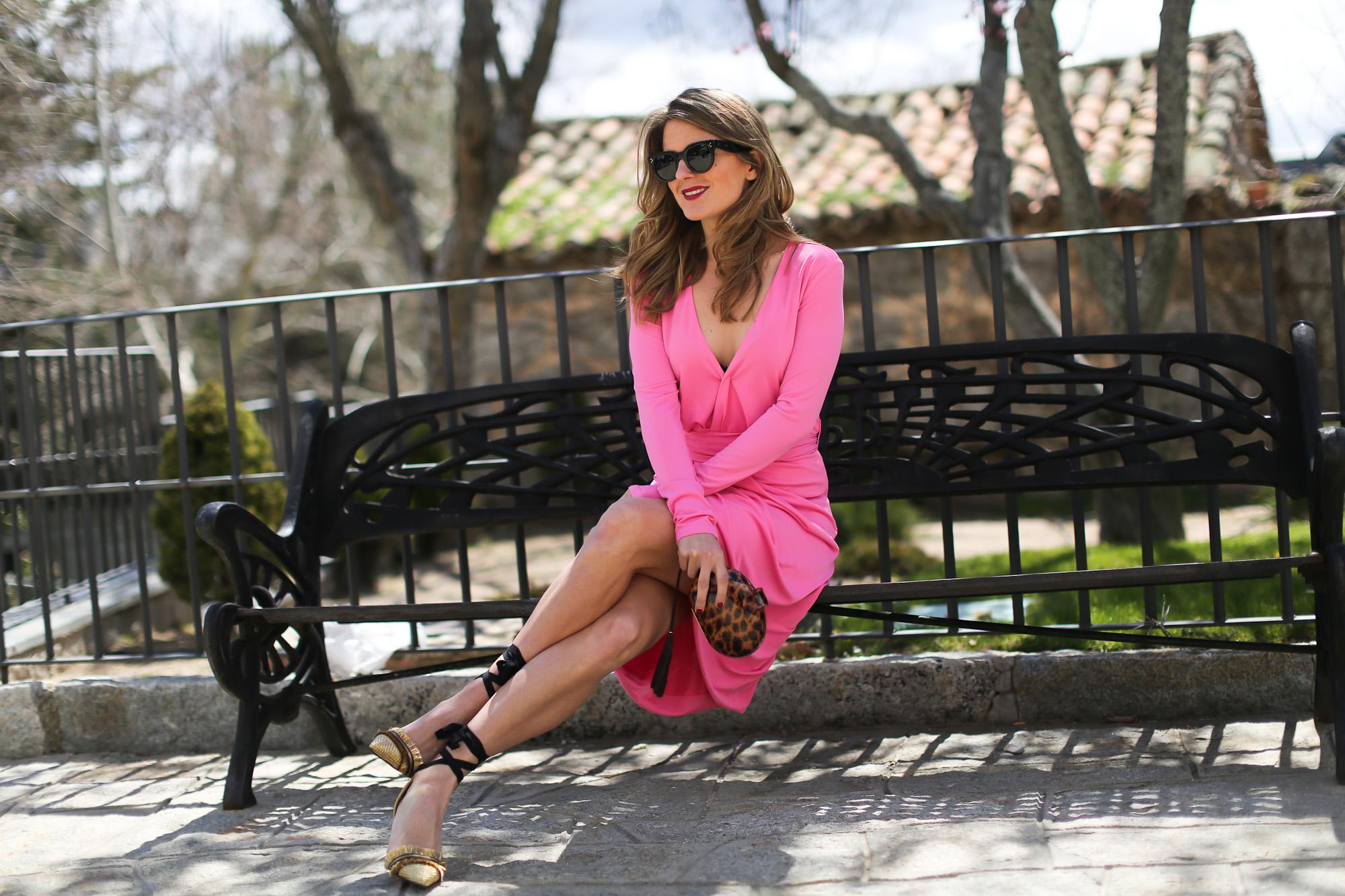 Clochet_streetstyle_BRUNA_brunacolection_vestido_moa_rosa