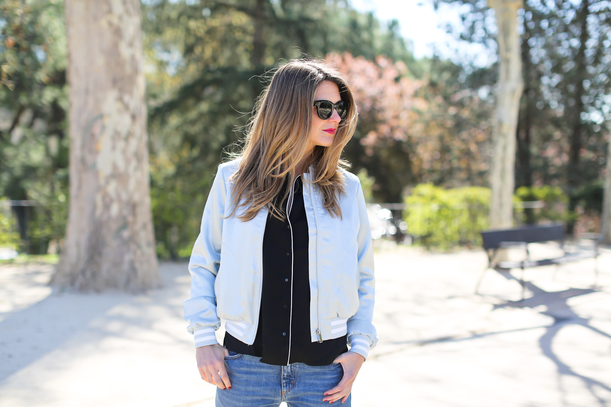 Clochet_streetstyle_maje_silver_phyton_ankle_boots_blanco_silver_bomber-3