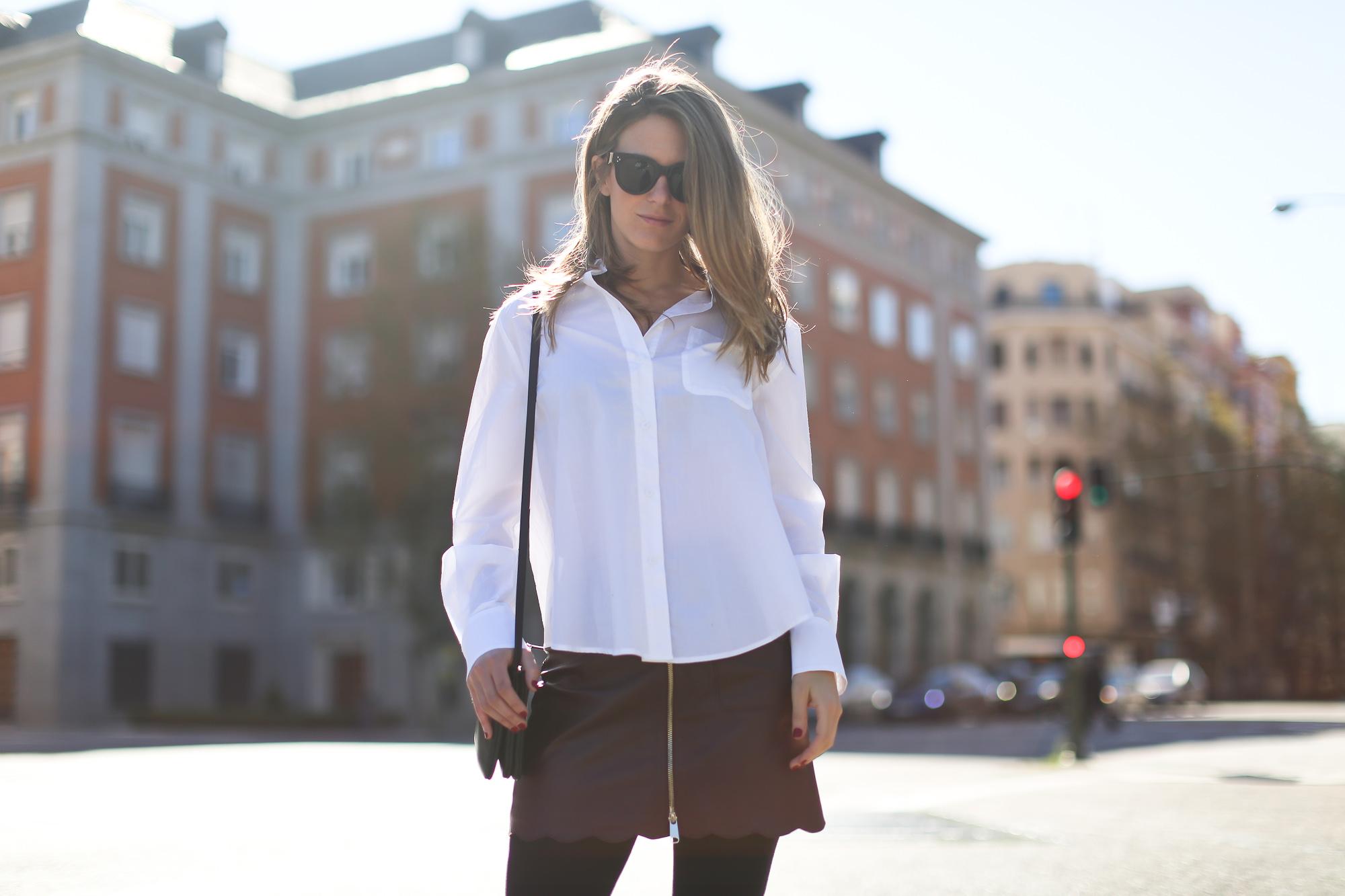 Clochet_streetstyle_maxandCo_leatherminiskirt_h&mtrend_blouse_sandroparis-brogues-8