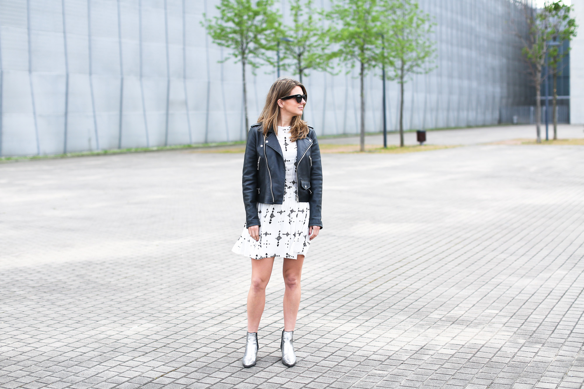 Clochet_streetstyle_ikks_dress_mango_leather_biker_maje_boots-2