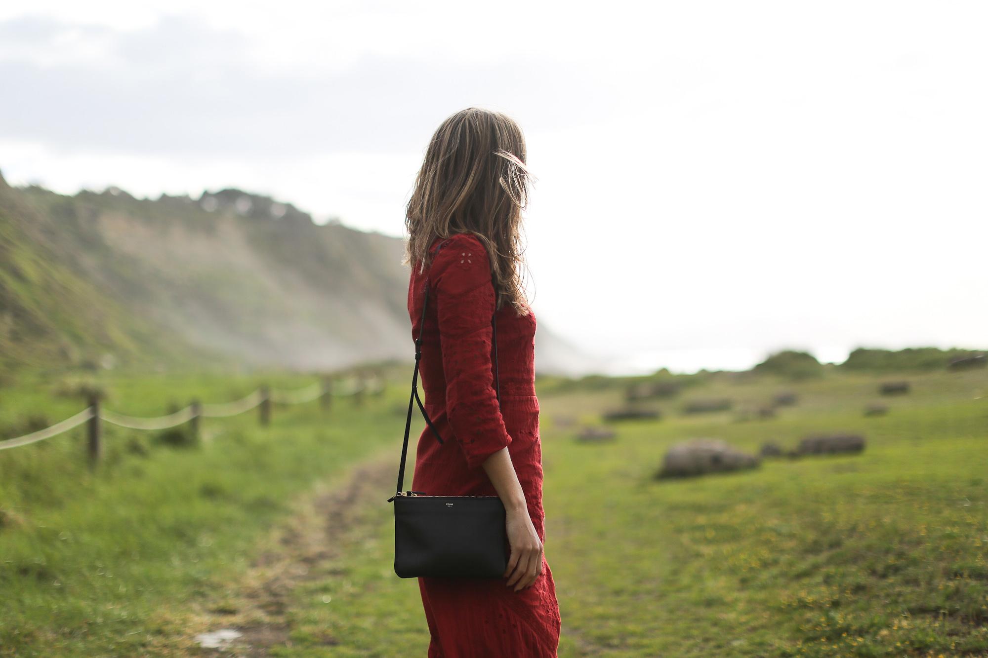 Clochet_streetstyle_zara_burgundy_embroided_crochet_dress-4