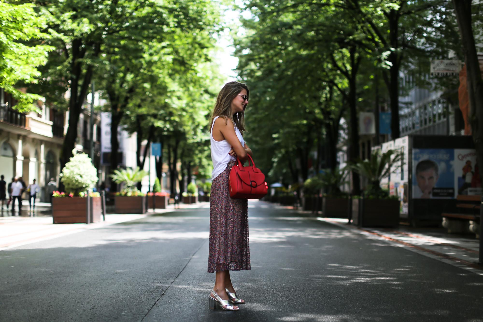 clochet_streetstyle_blanco_ollie_bag_lacepleatedskirt-3