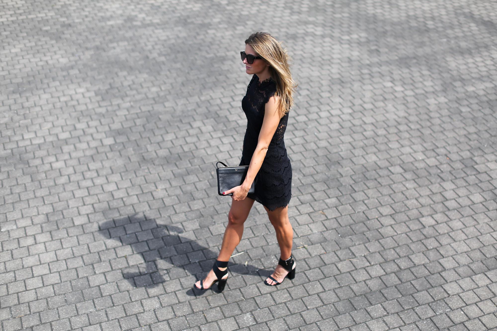 Clochet_streetstyle_tiesandheels_vestidovintagesweet_bailarinaspunteraconbrillos-5