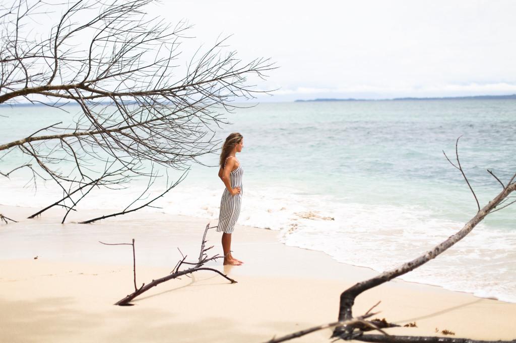 Clochet_streetstyle_beachgirl_panama_bocasdeltoro_cayozapatilla_wanderlust-7