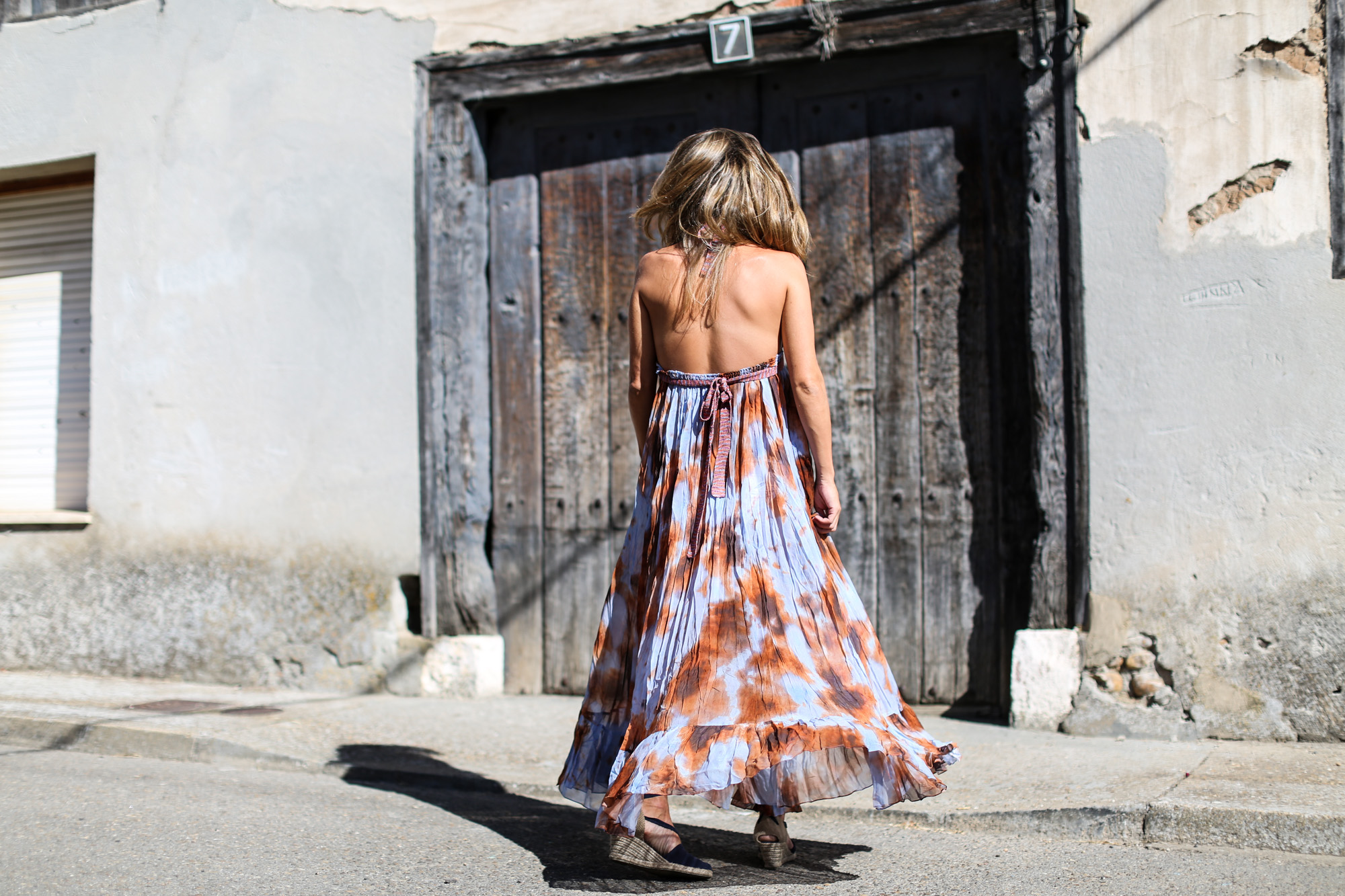 clochet_streetstyle_zara_boholongdress__pull&bear_flamingo_oversized_denimjacket-2