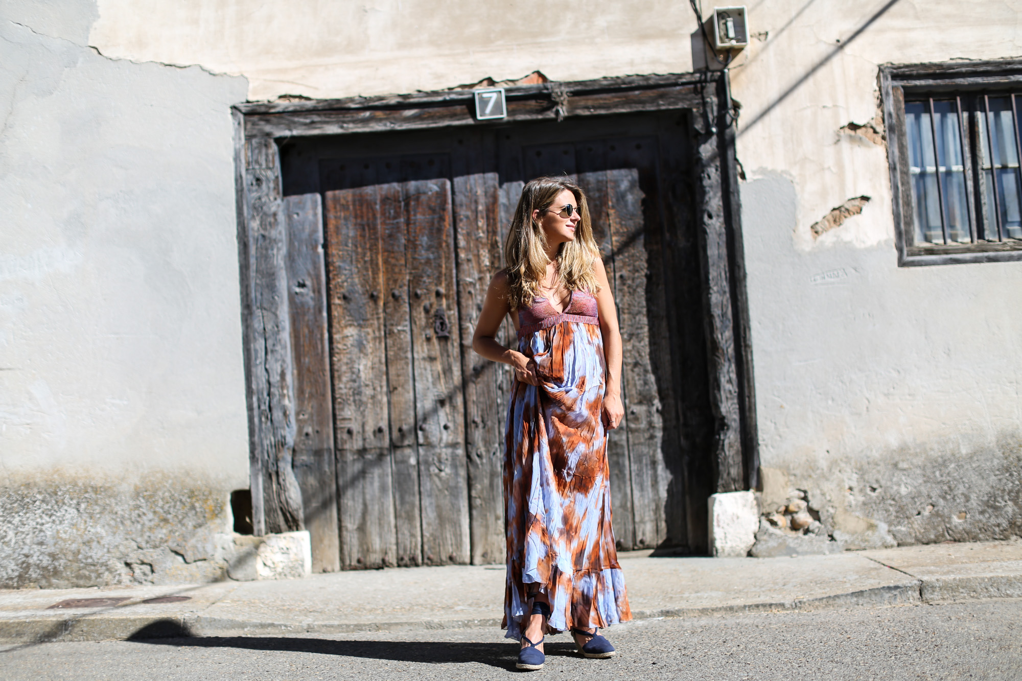 clochet_streetstyle_zara_boholongdress__pull&bear_flamingo_oversized_denimjacket-3