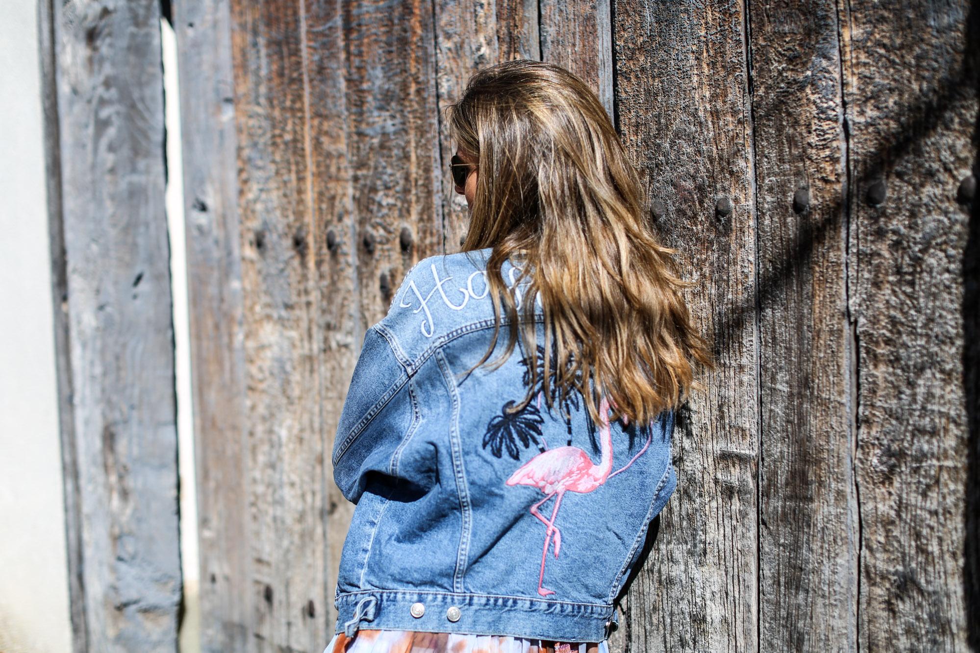 clochet_streetstyle_zara_boholongdress__pull&bear_flamingo_oversized_denimjacket-9