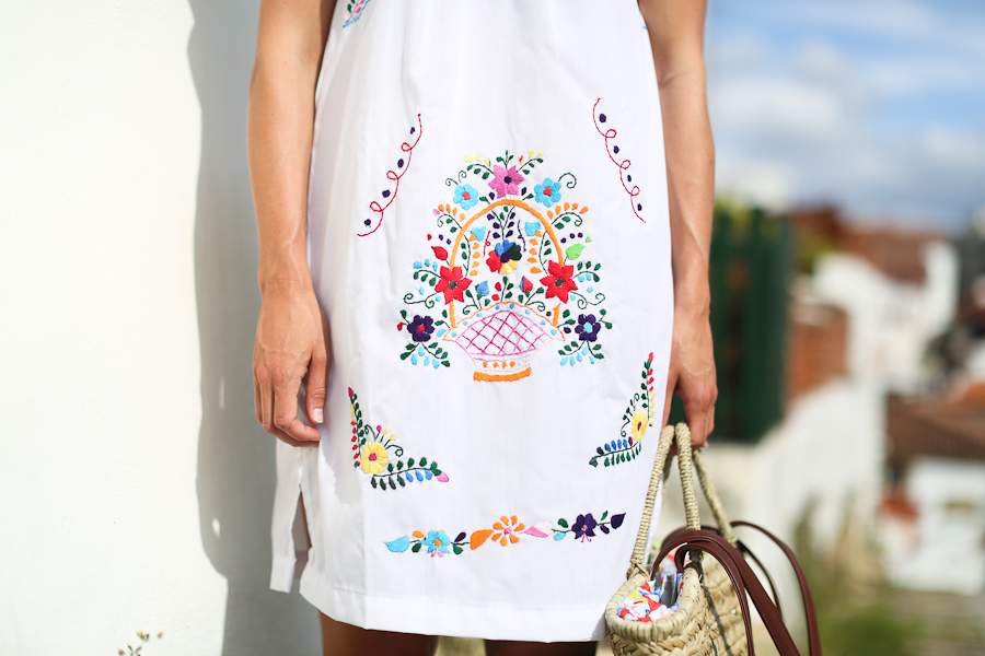 Clochet_streetstyle_mexican_traditional_handmade_dress-4