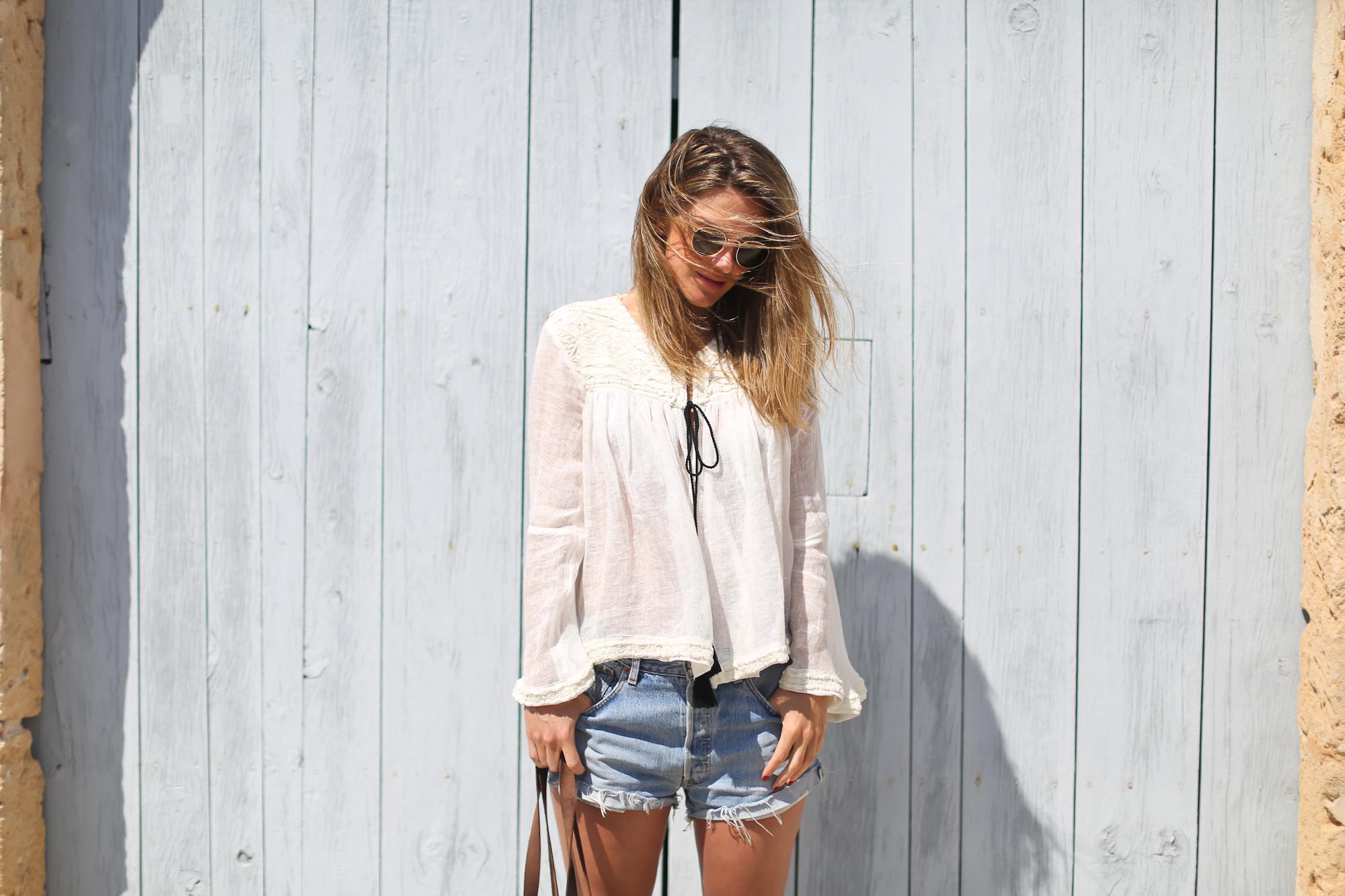 Clochet_streetstyle_zara_embroided_linen_kimonojacket_vintagelevis501shorts-3