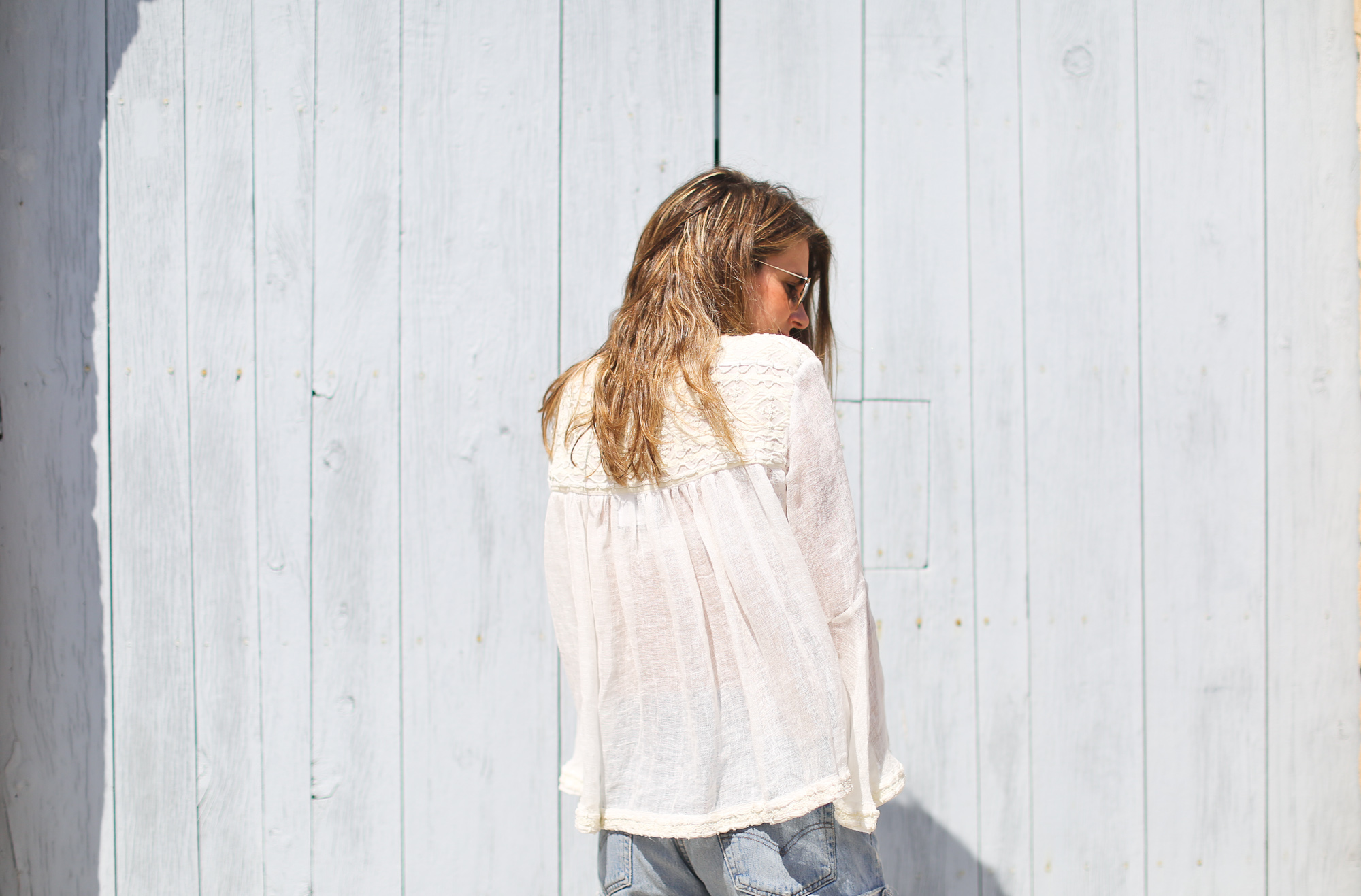 Clochet_streetstyle_zara_embroided_linen_kimonojacket_vintagelevis501shorts-6