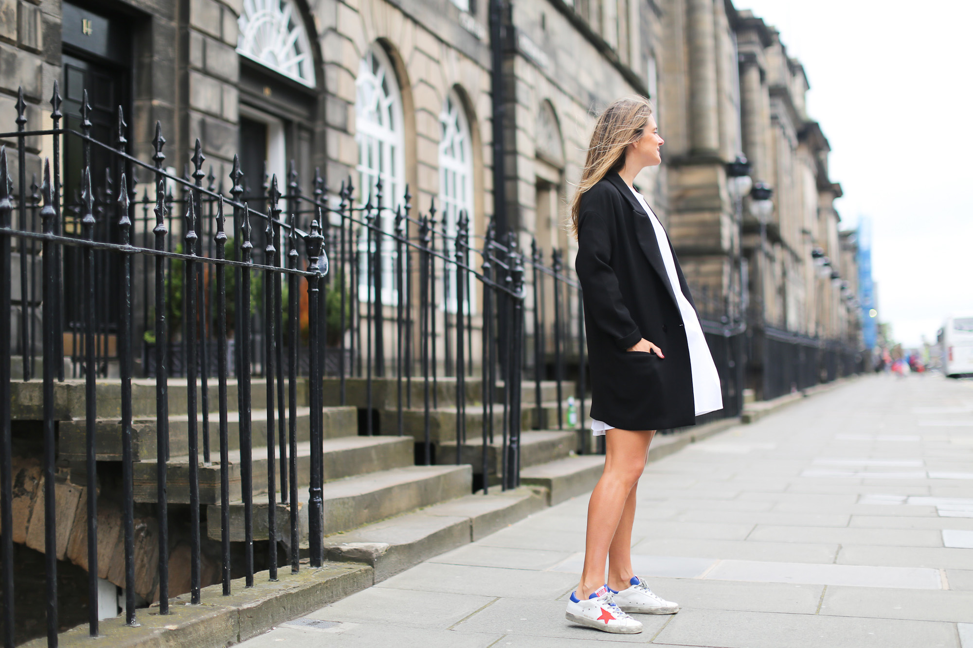 Clochet_streetstyle_zara_littlewhitedress_goldengoosedeluxesneakers_edinburgh-2