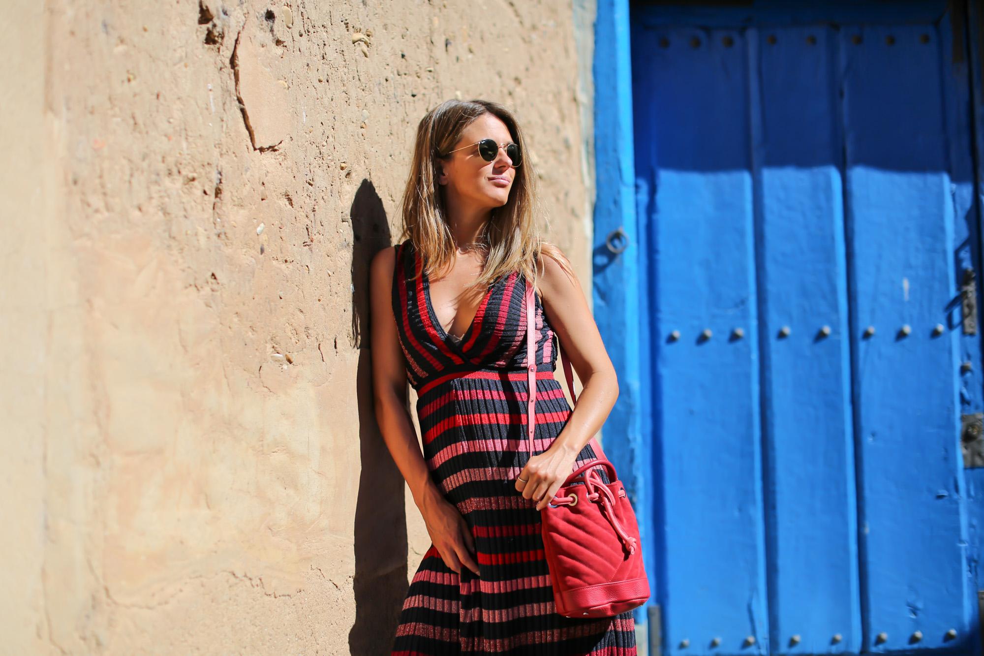 clochet_streetstyle_zara_long_knit_dress_titamad_miniparadisred-4