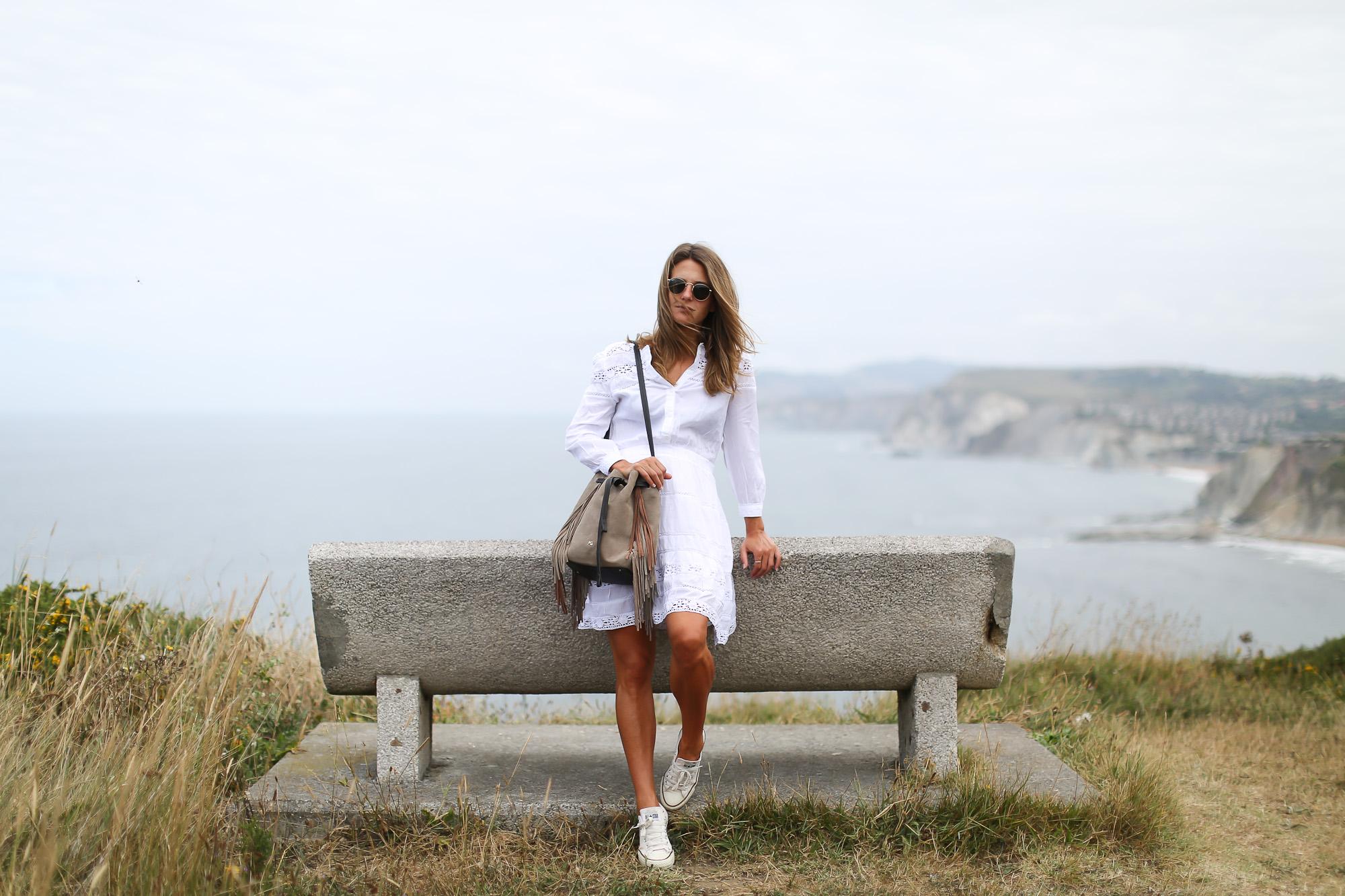 Clochet_streetstyle_chicwish_boho_little_white_dress_purificaciongarcia_go_on_bombonera_boho-2