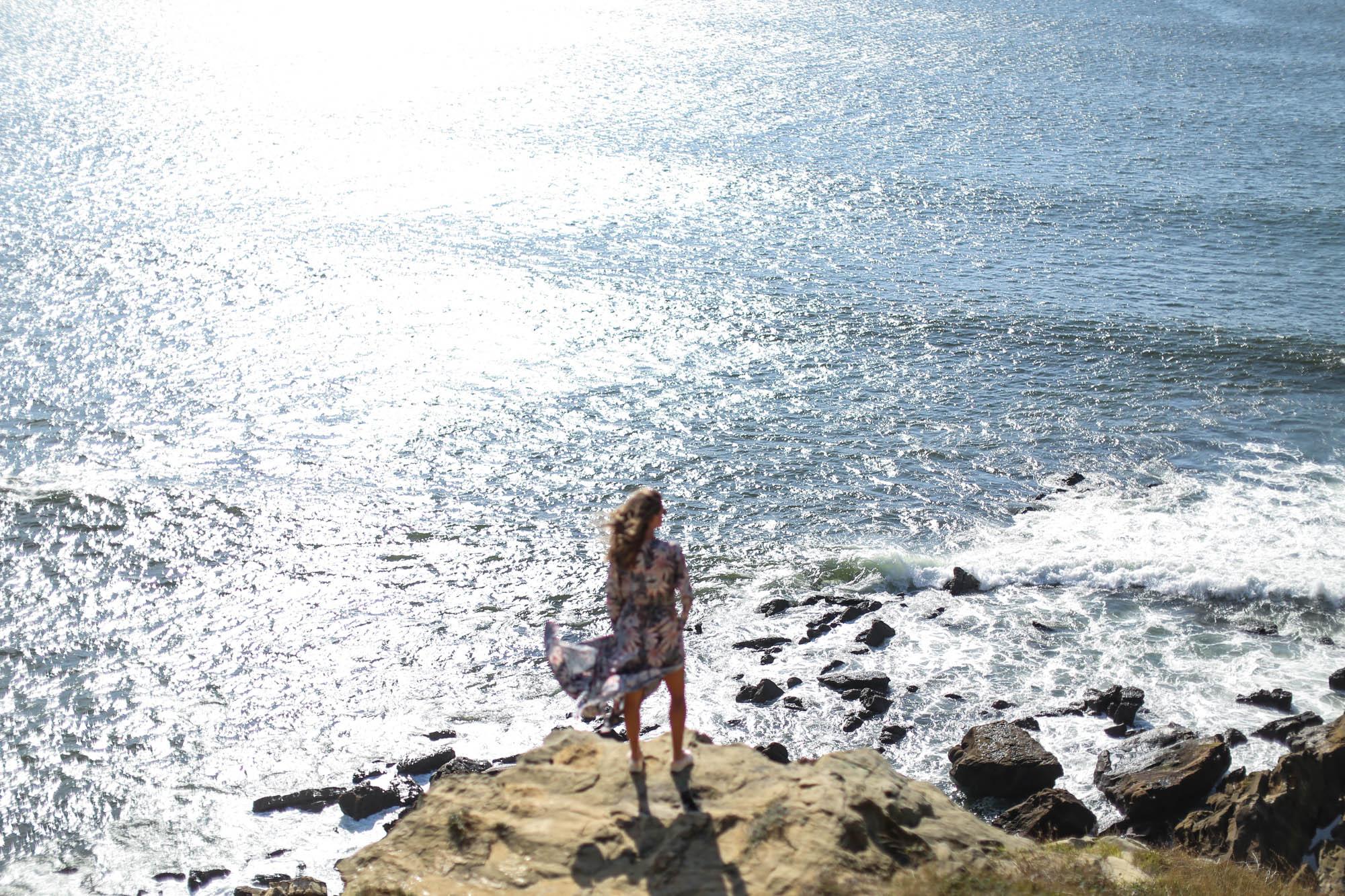 Clochet_streetstyle_fashionblogger_h&mtrend_longprintedshirtdress_rosegoldsuperga
