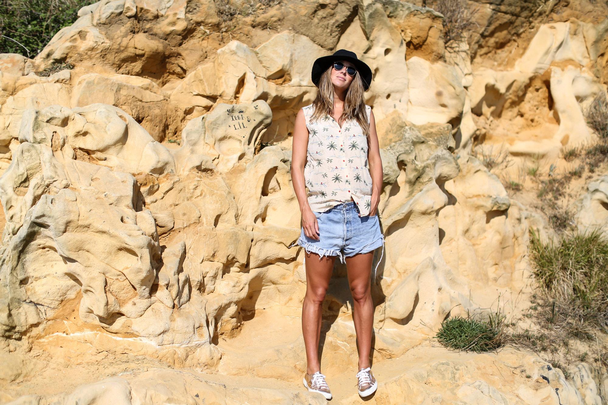 clochet_streetstyle_fashionblogger_levis501vintage_lespetithautssilkshirt-6