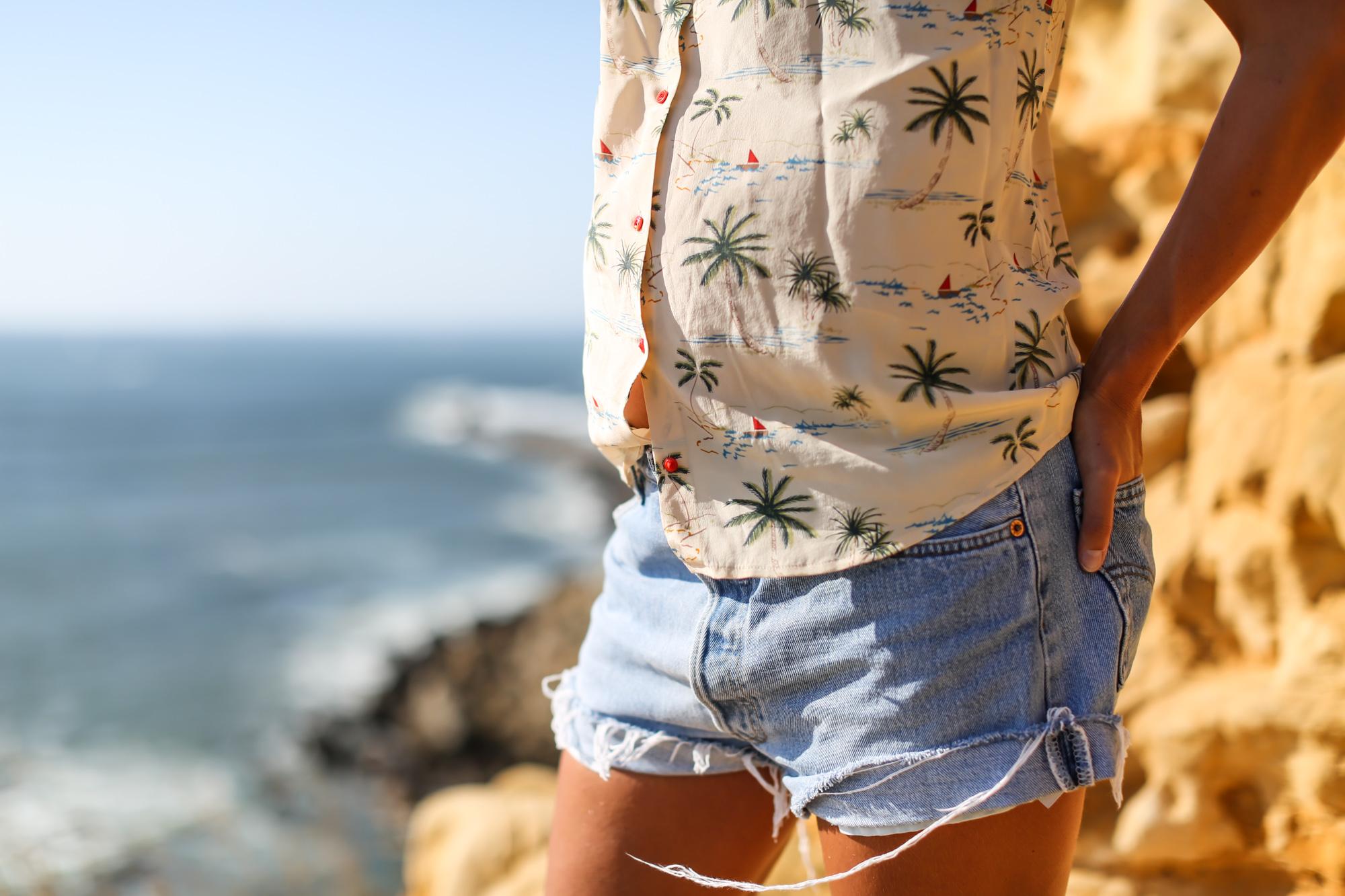 clochet_streetstyle_fashionblogger_levis501vintage_lespetithautssilkshirt