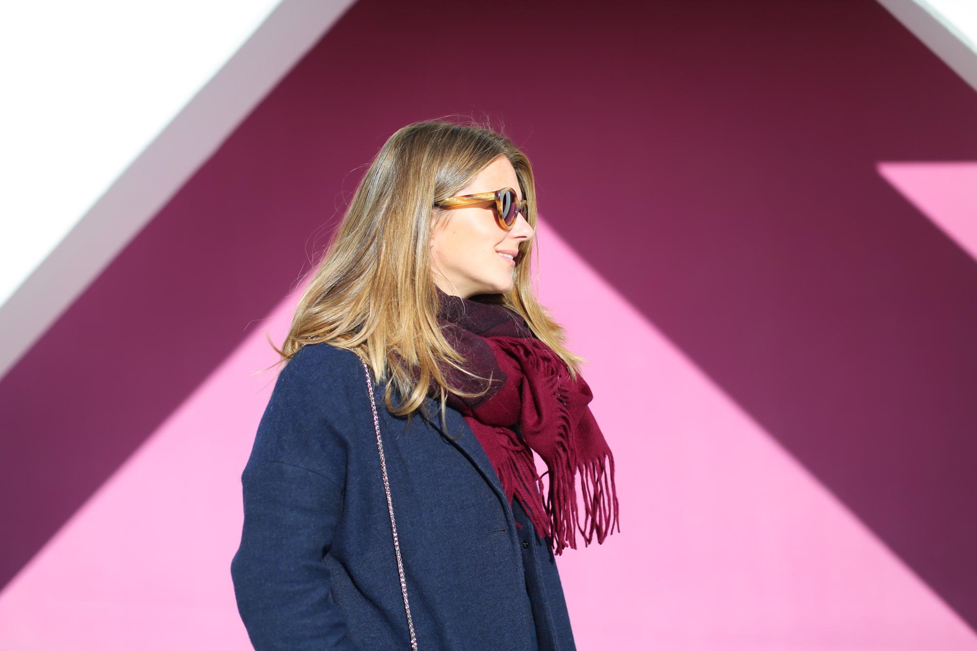 Clochet_fashionblogger_streetstyle_&otherstories_stilettoankleboots_burgundyheroscarf_metallicflowerssweater_titamadridspiga-4