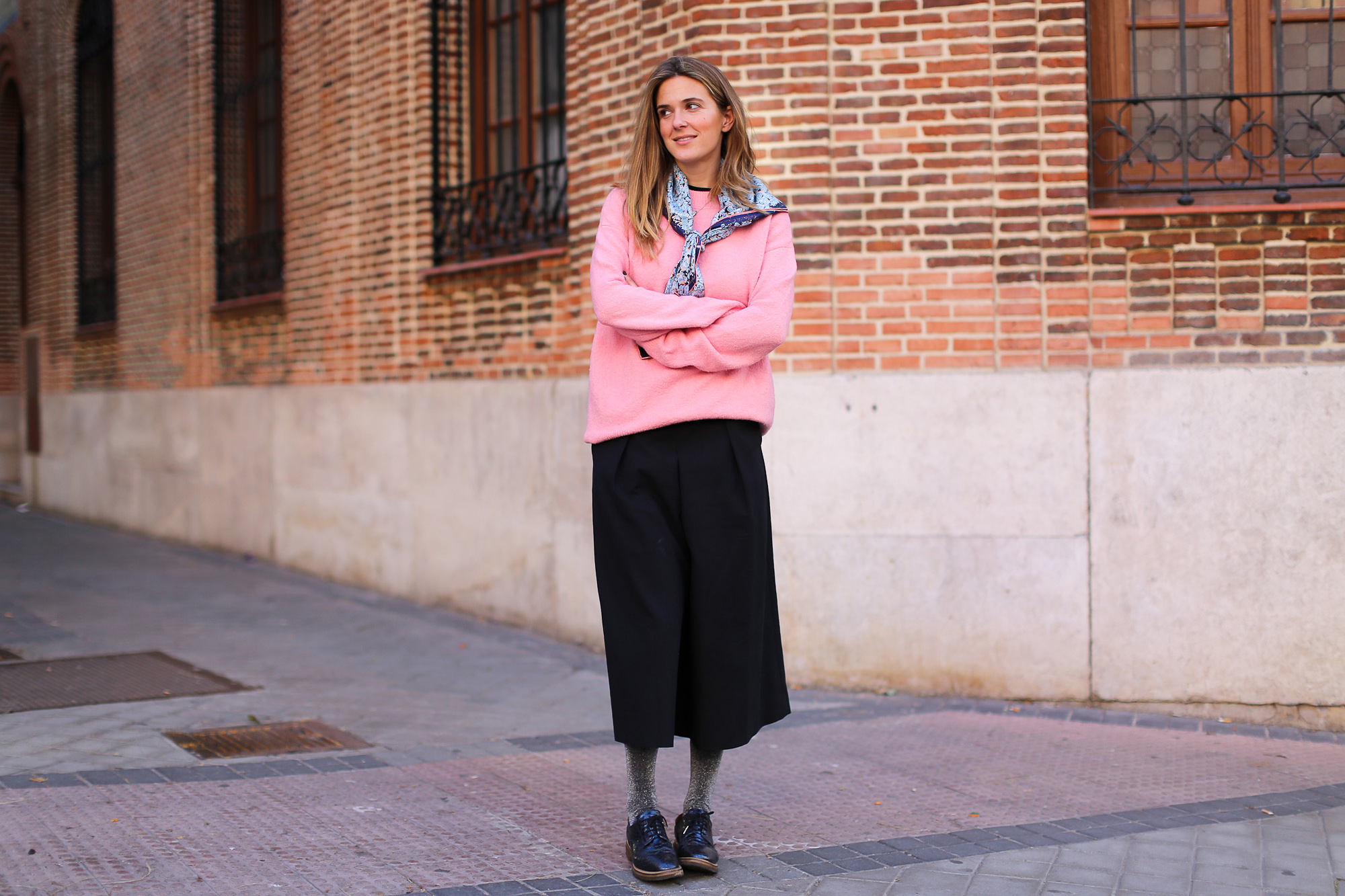 Clochet_streetstyle_fashionblogger_YouMustCreateculottetrousers_andotherstoriespinkknit_coswoolcoat-5