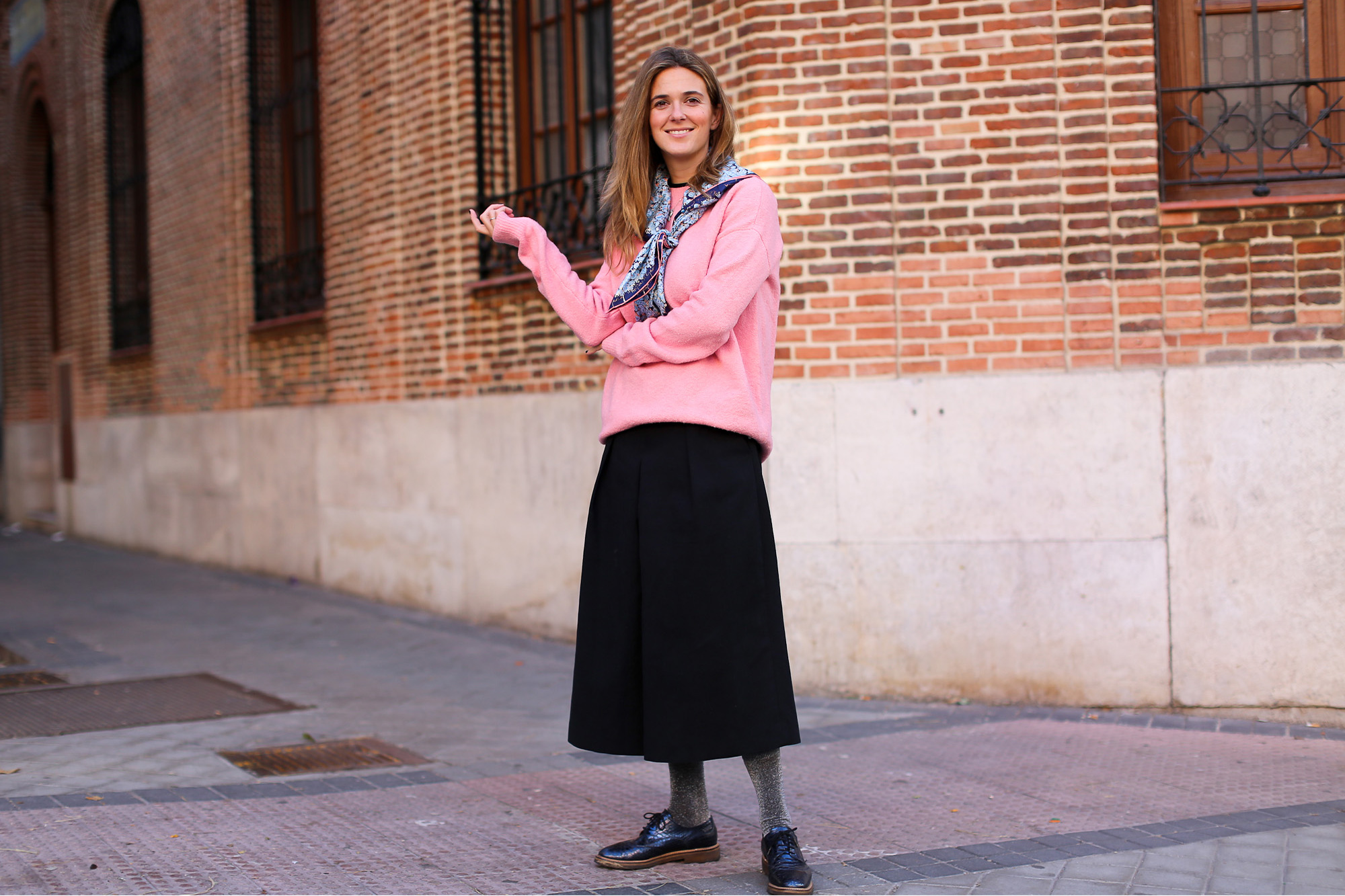 Clochet_streetstyle_fashionblogger_YouMustCreateculottetrousers_andotherstoriespinkknit_coswoolcoat-6