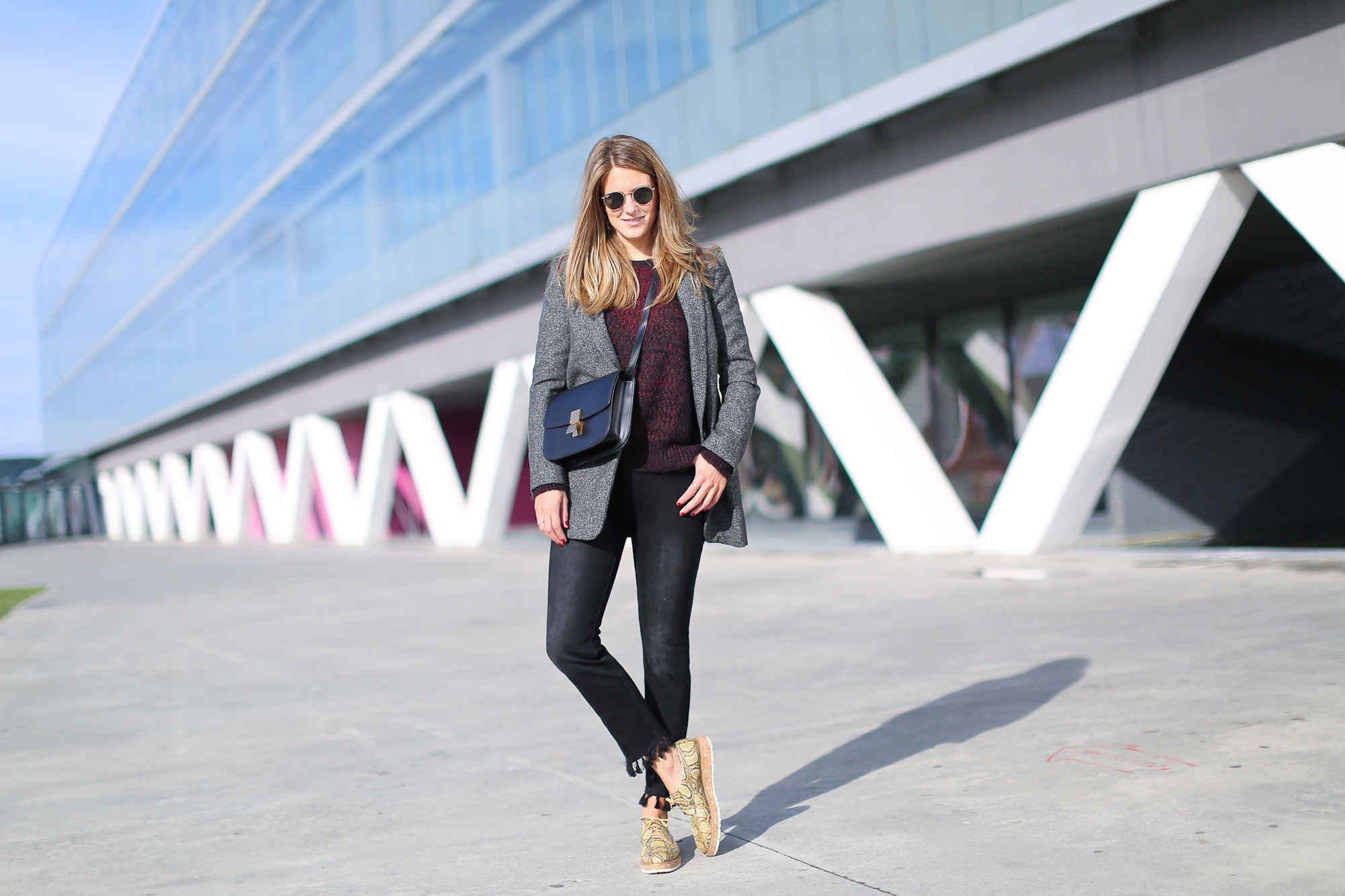 Clochet_streetstyle_fashionblogger_bilbao_zapatospielpertiniestampadoserpientepiton_zarajeansborlaspompones-3