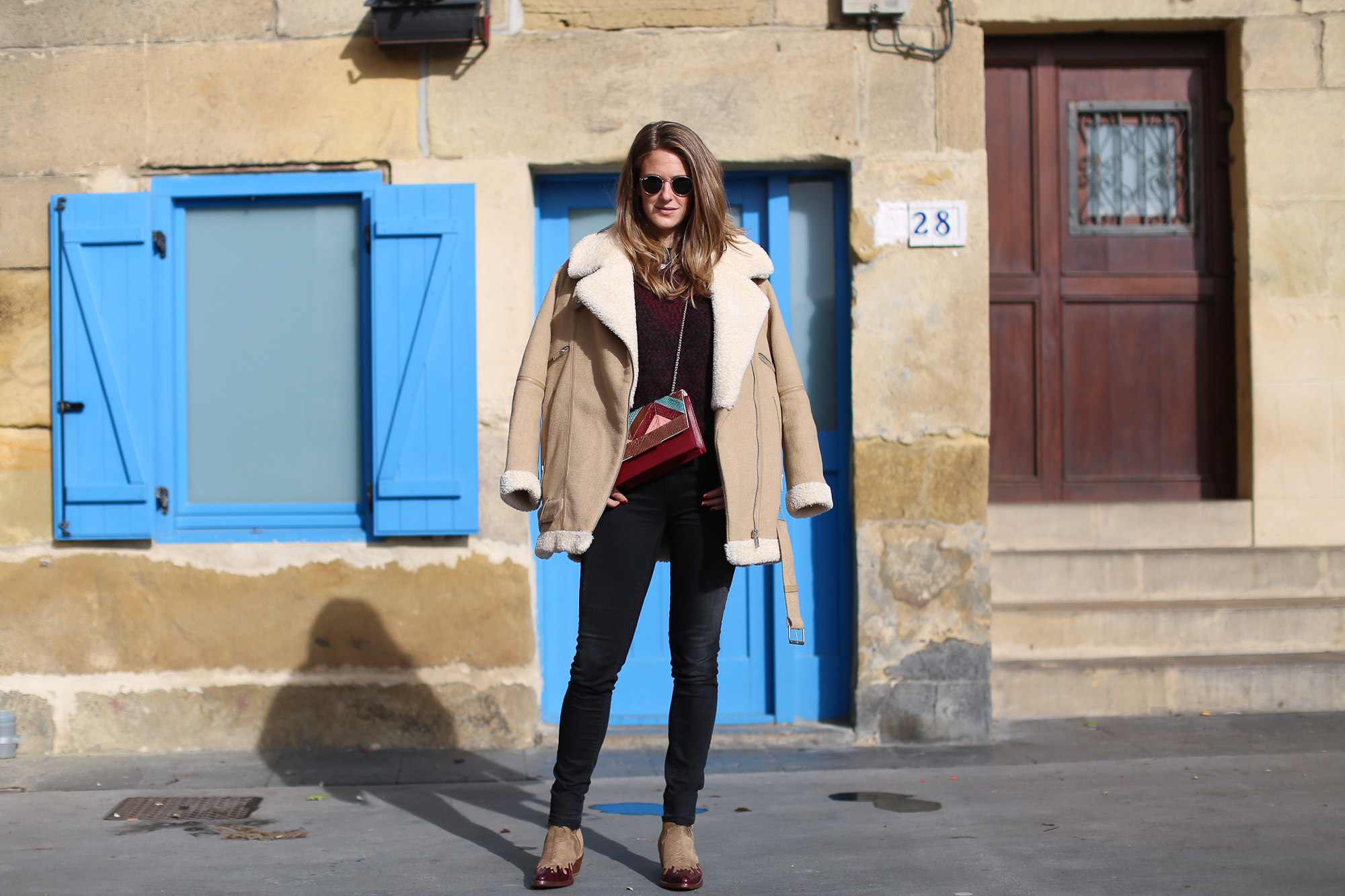 Clochet_streetstyle_fashionblogger_zadig&voltaire_suedewesternankleboots_cowboyboots_aviatorjacket_titamadridespiga-3