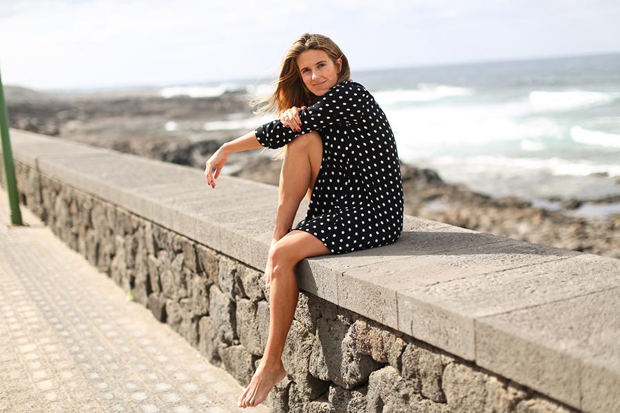 Clochet_streetstyle_fashionblogger_lanzarote_lasanta_elquemao_minivestidolunareszara-6