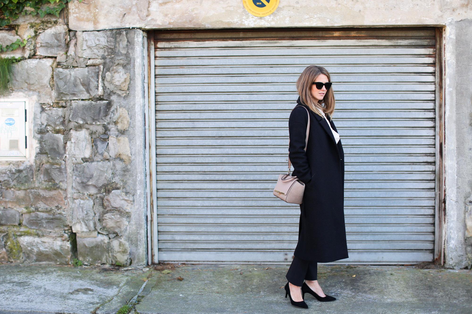clochet_streetstyle_fashionblogger_cosnuderibbonsweatshirt_otherstoriessuedestilettos_coswoollongcoat-2