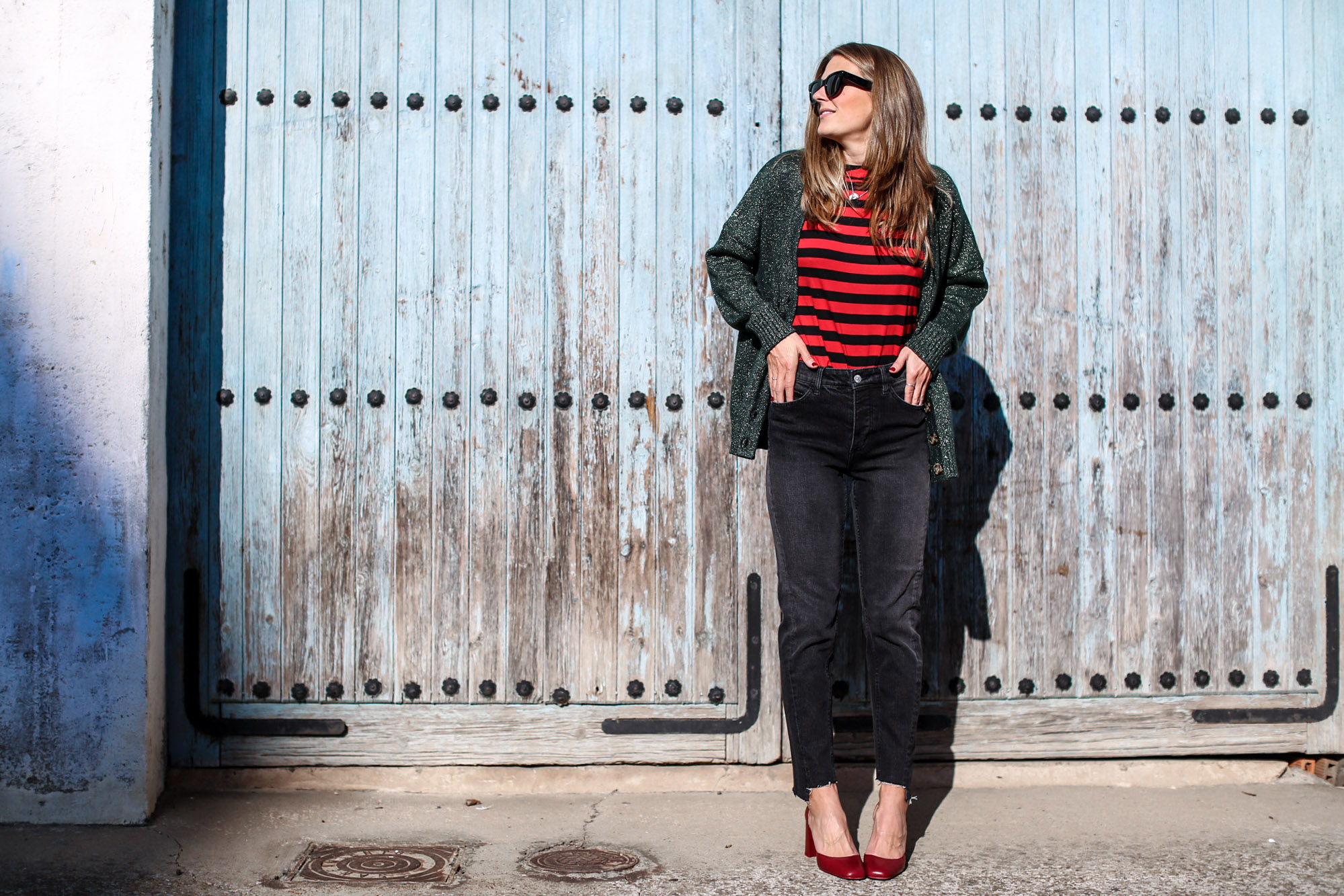 clochet_streetstyle_fashionblogger_zapatostaconrojospielzara_bolsotrioceline_momjeansh&m-6