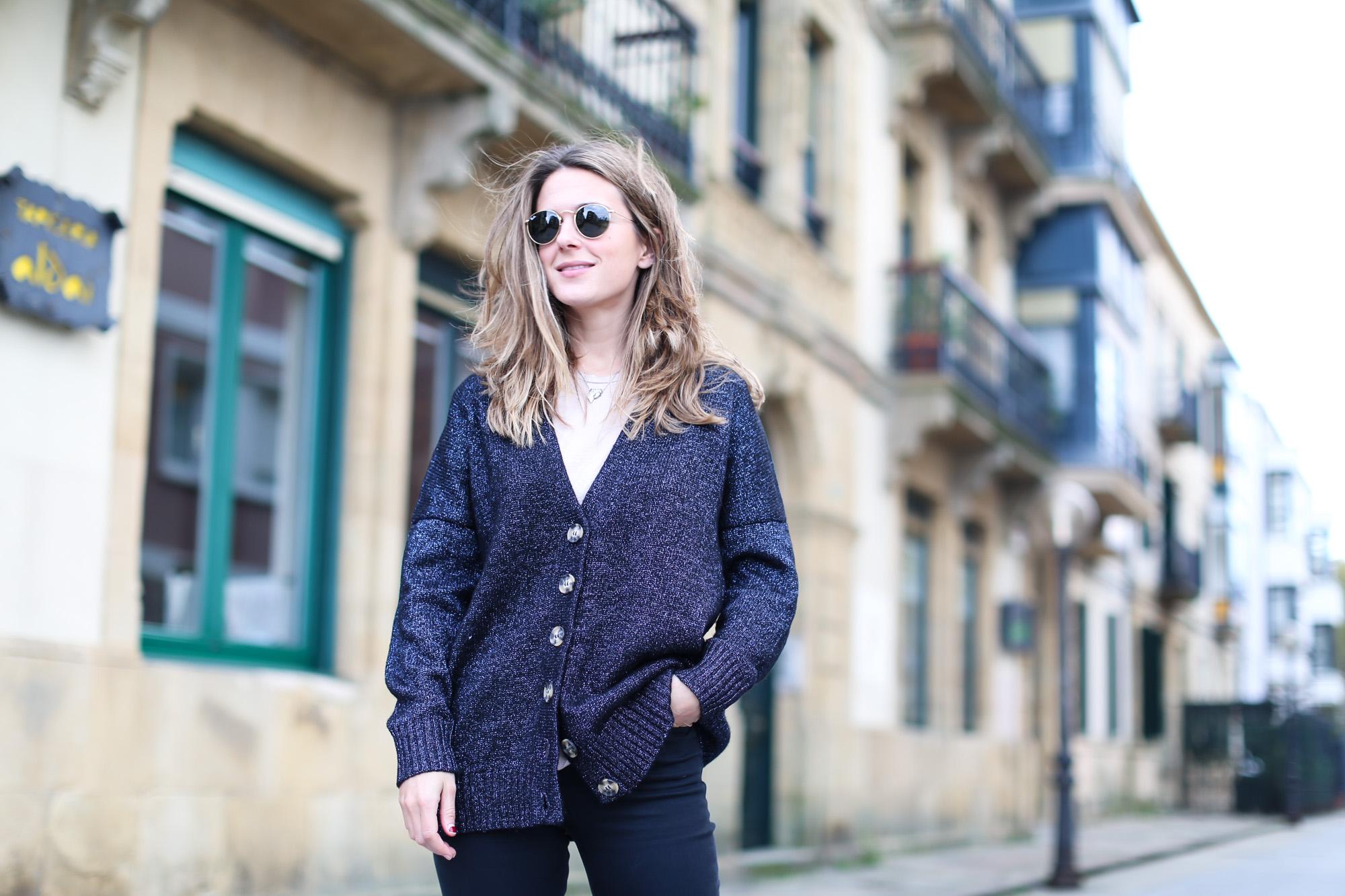 Clochet_streestyle_fashionblogger_topshopjamiejeans_zaranavyglitterknit_furcoat-4