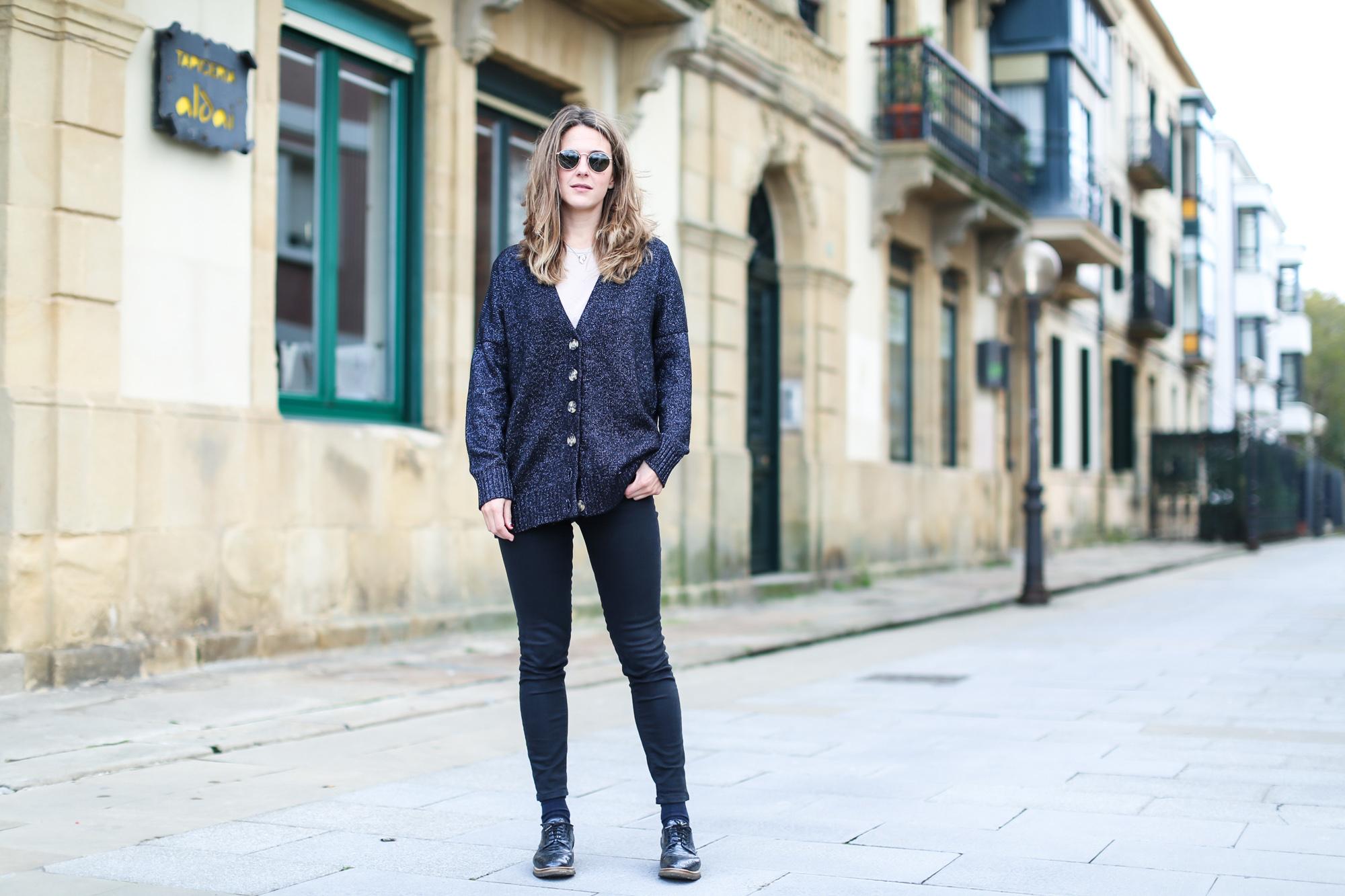 Clochet_streestyle_fashionblogger_topshopjamiejeans_zaranavyglitterknit_furcoat-7