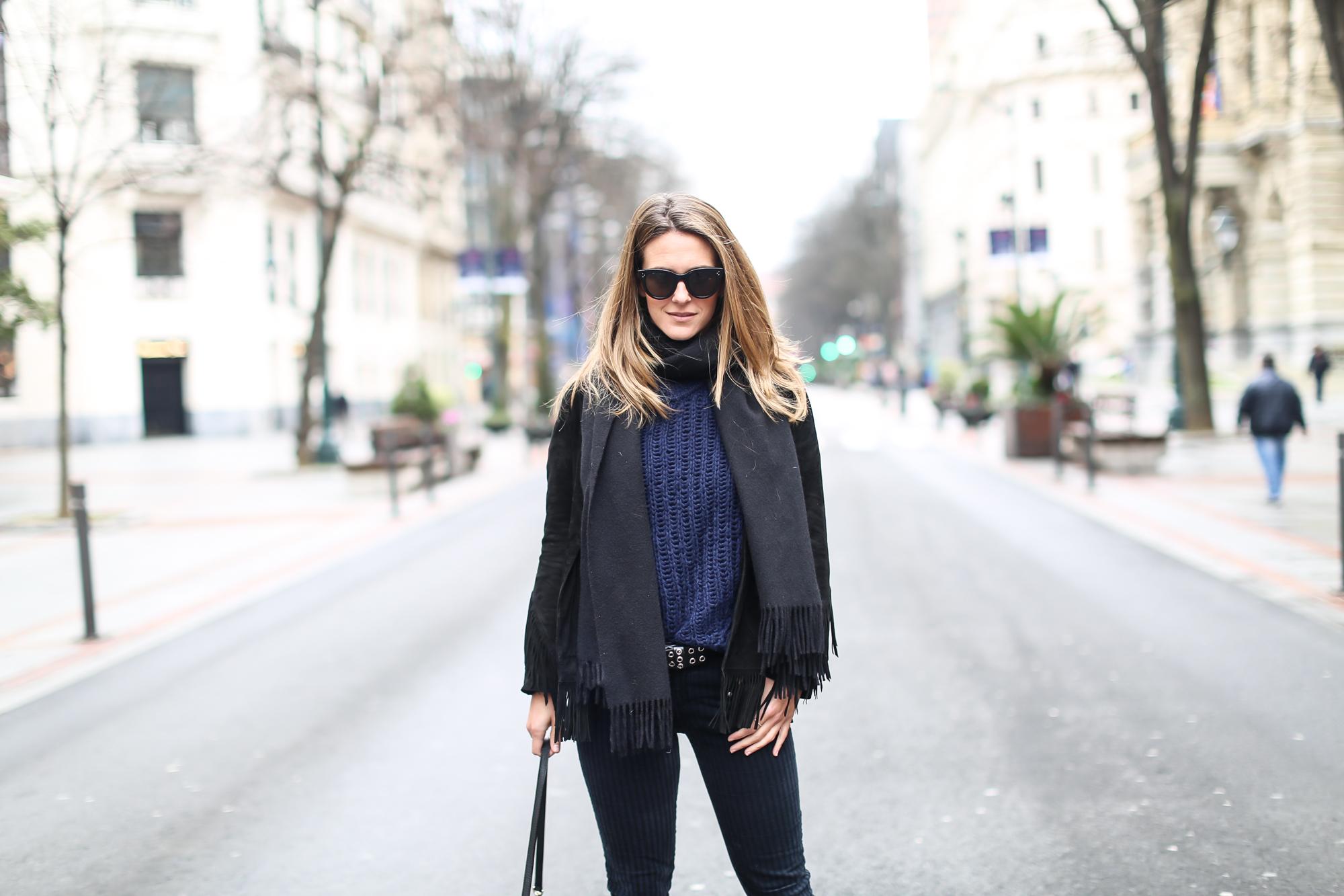 Clochet_streetstyle_fashionblogger_purificacióngarcia_bolsotrangram_chaquetaanteflecosmaje-3