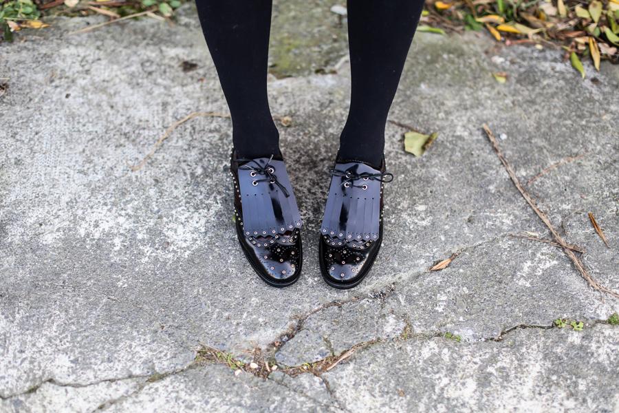 Clochet_streetstyle_fashionblogger_zapatosplanosbroguestachuelasPertini_vestidoMajeflecosReia-12