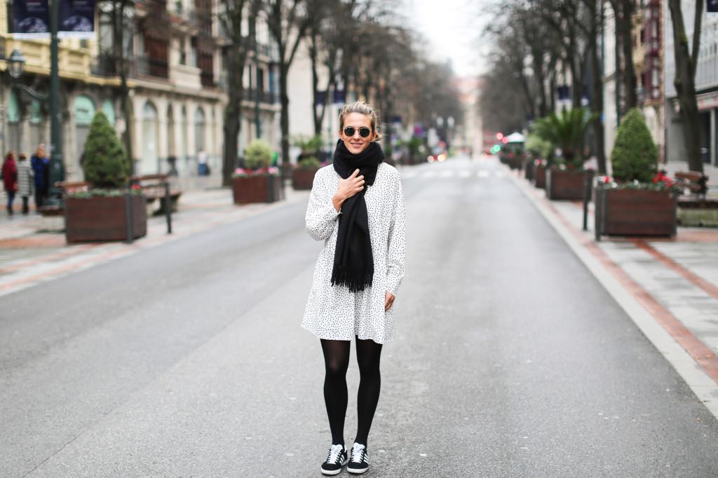 Clochet_adidasgazelle_vestidolunares-2